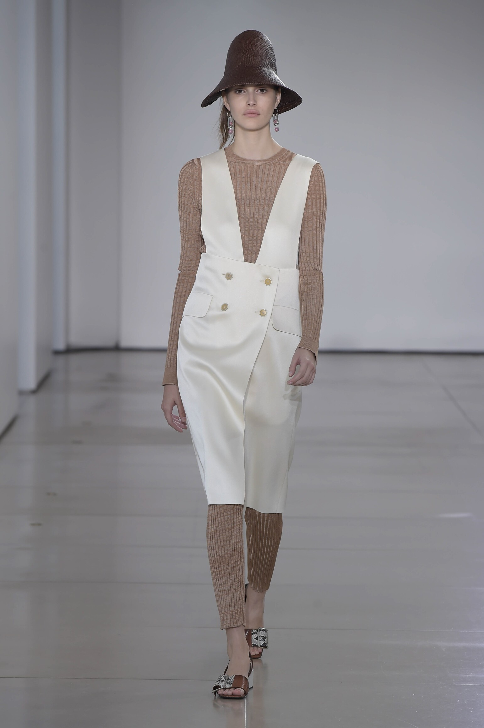 JIL SANDER SPRING SUMMER 2016 WOMEN'S COLLECTION | The Skinny Beep