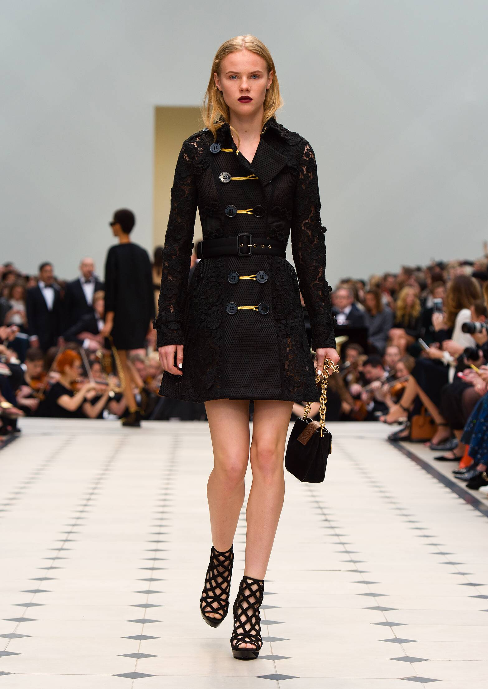 Runway Burberry Prorsum Spring Summer 2016 Women's Collection London Fashion Week