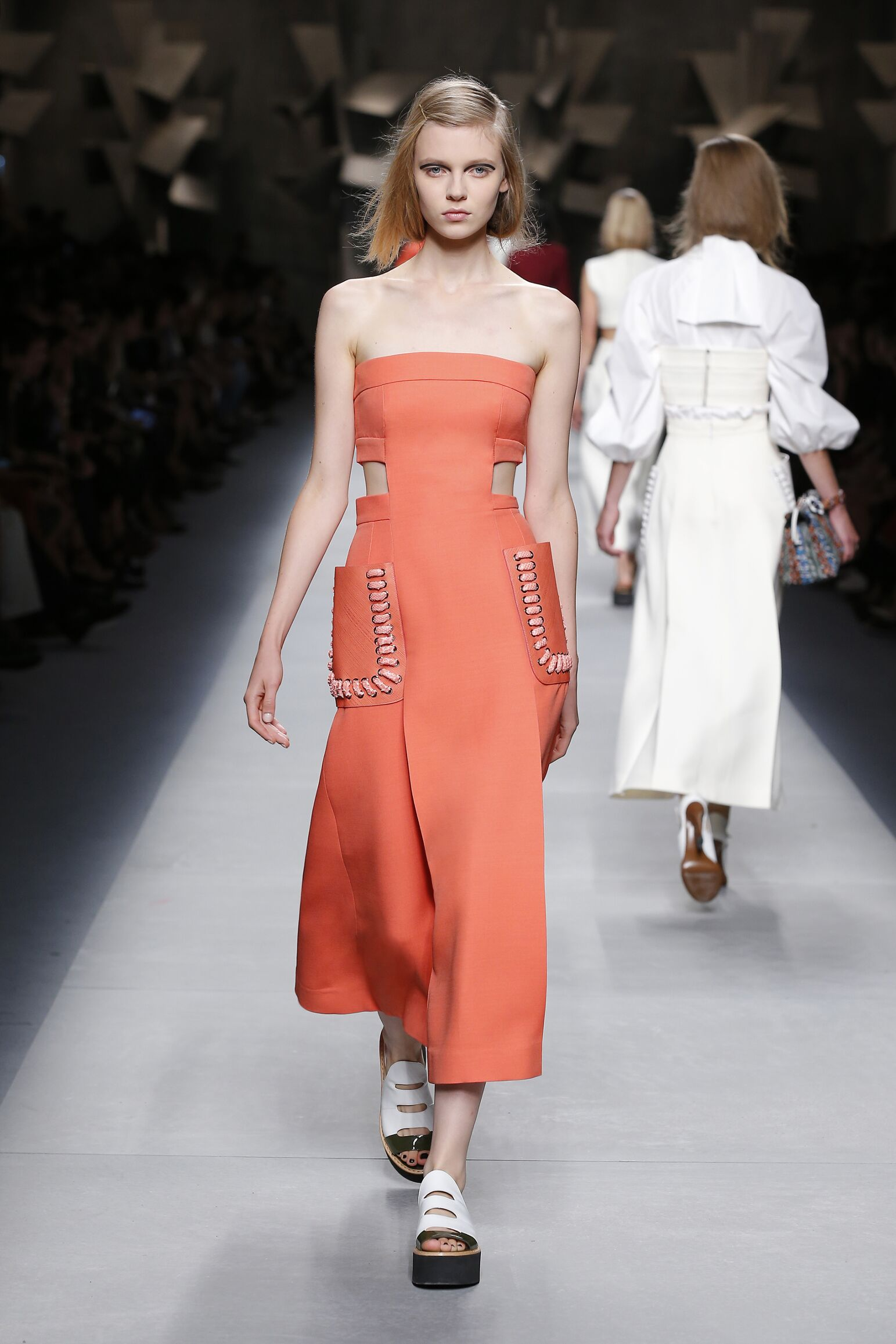Runway Fendi Spring Summer 2016 Women's Collection Milan Fashion Week