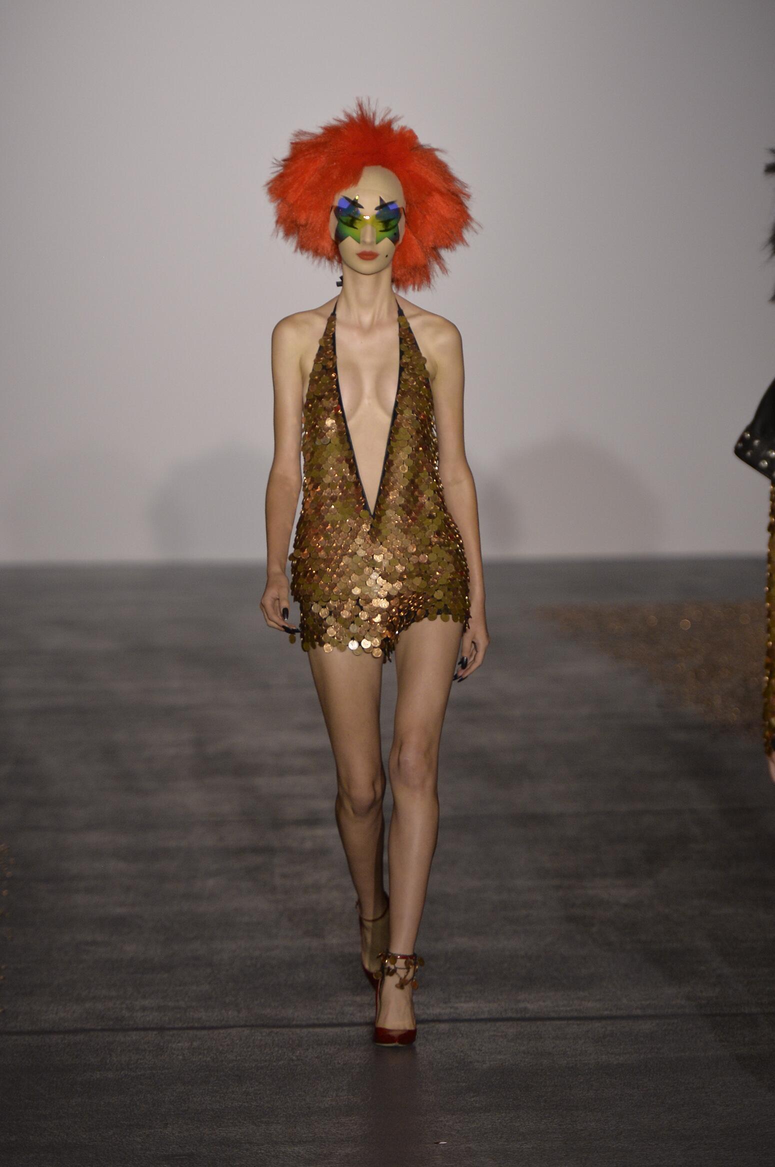 Runway Gareth Pugh Fashion Show Summer 2016