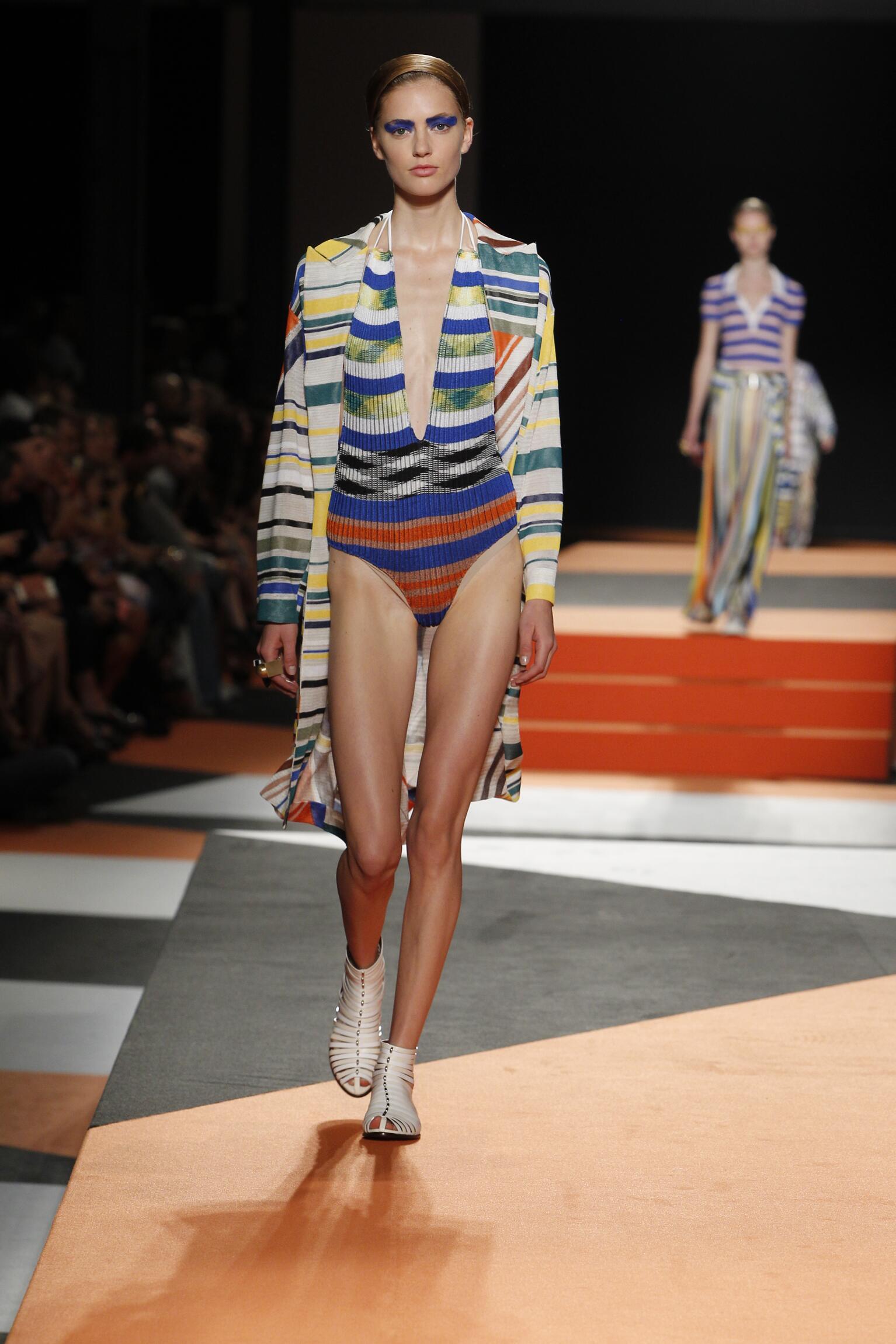 Runway Missoni Spring Summer 2016 Women's Collection Milan Fashion Week