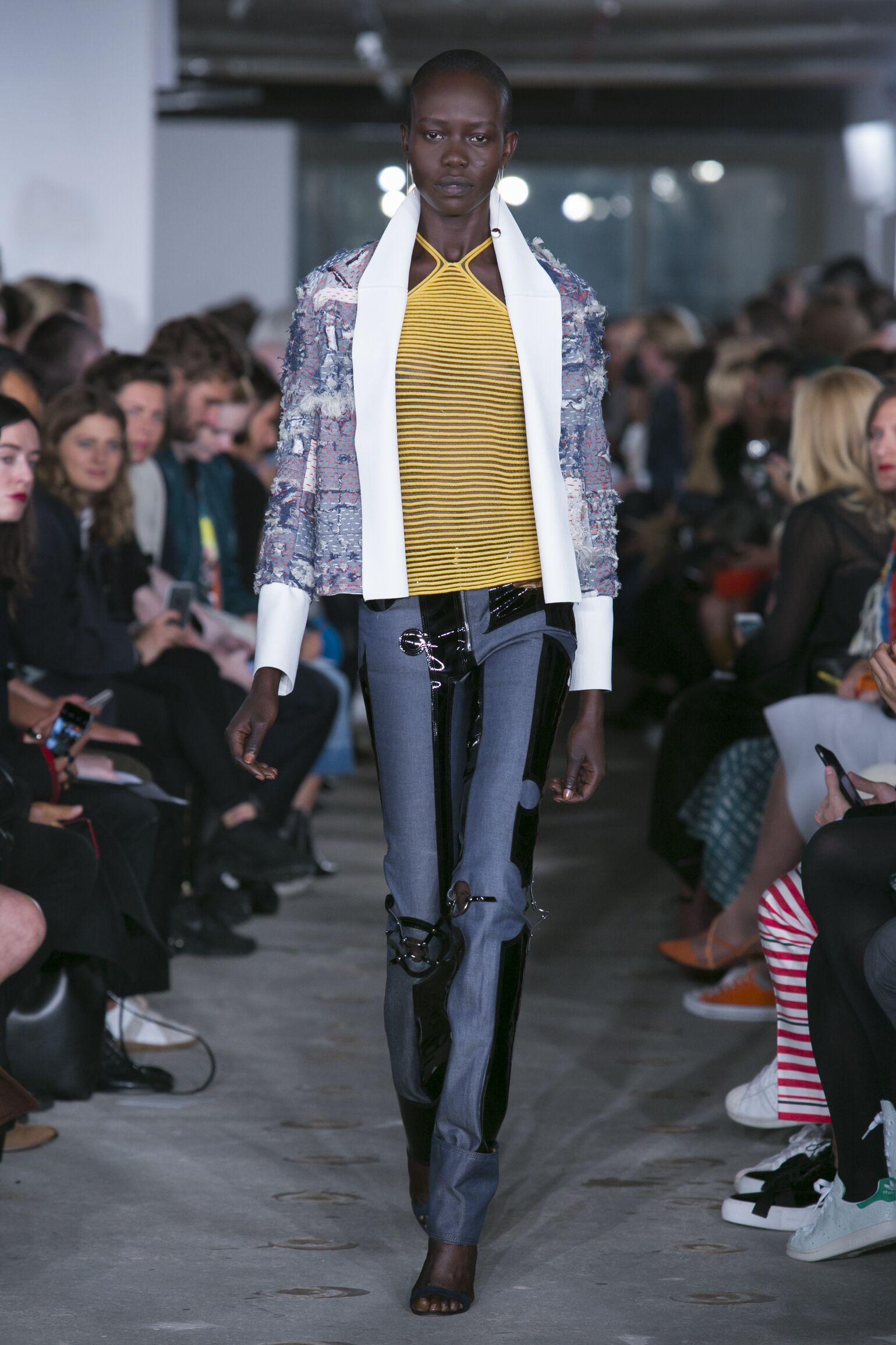Runway Thomas Tait Spring Summer 2016 Women's Collection London Fashion Week