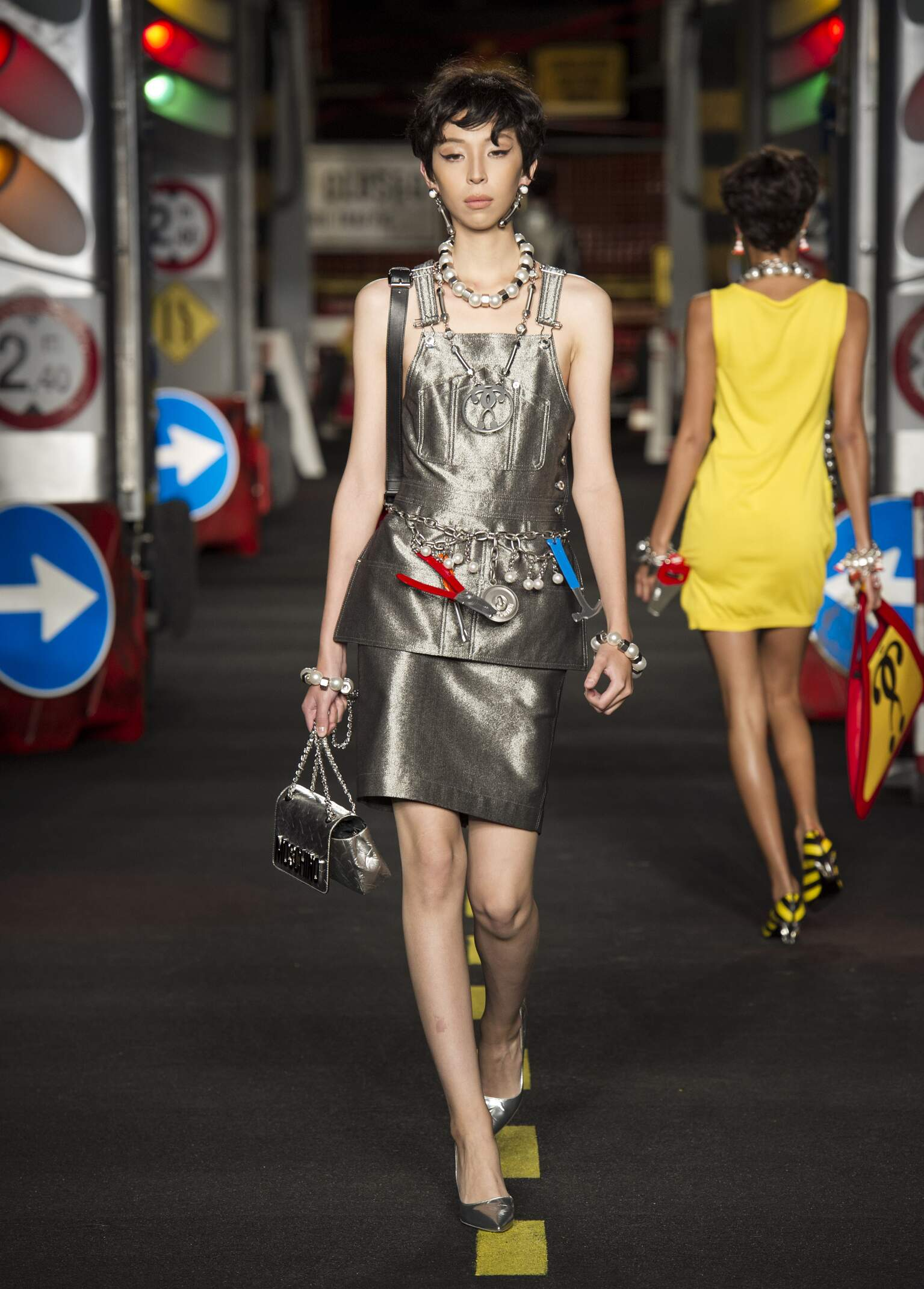 SS 2016 Moschino Fashion Show Milan