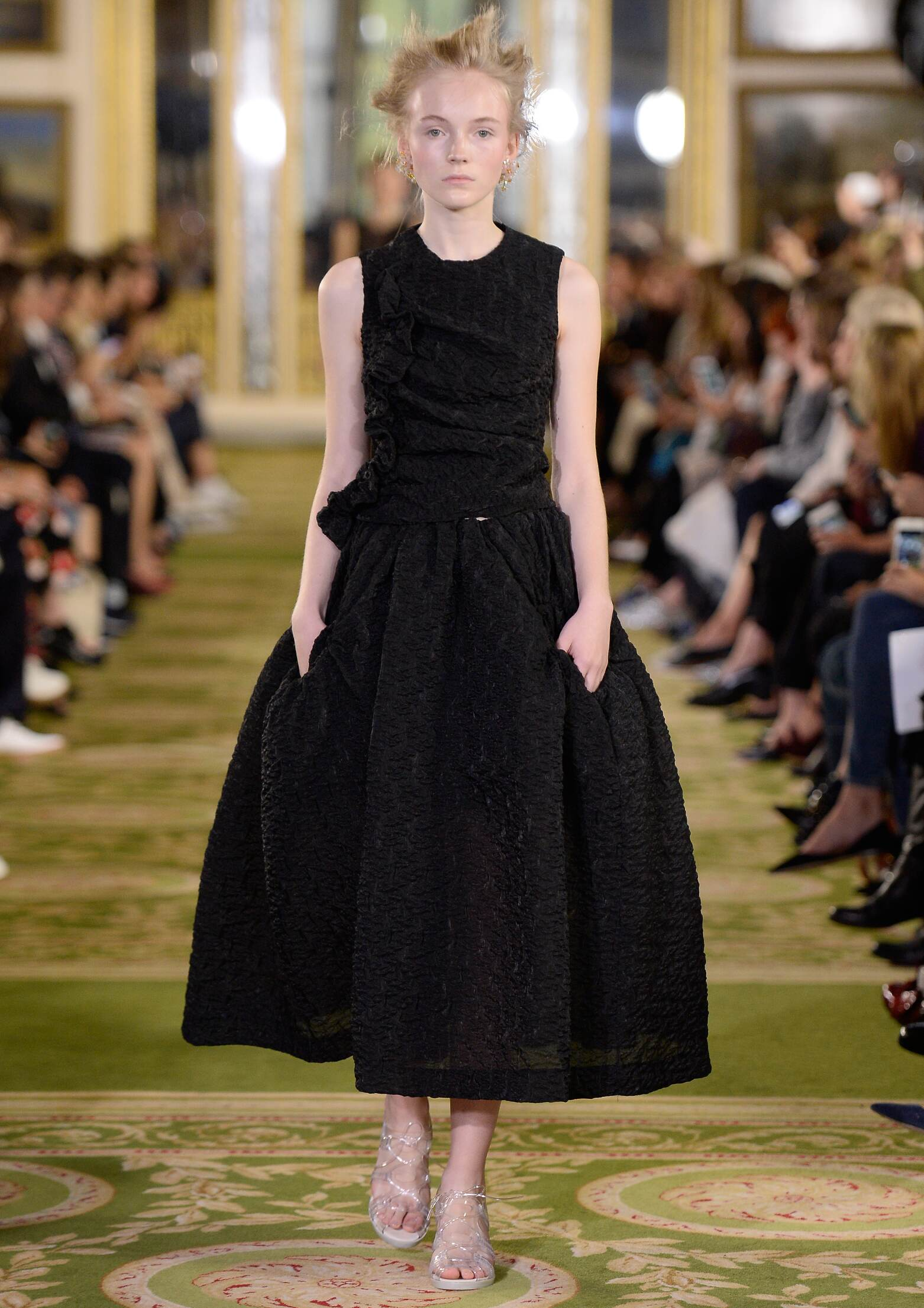 Simone Rocha Collection Summer 2016 Catwalk