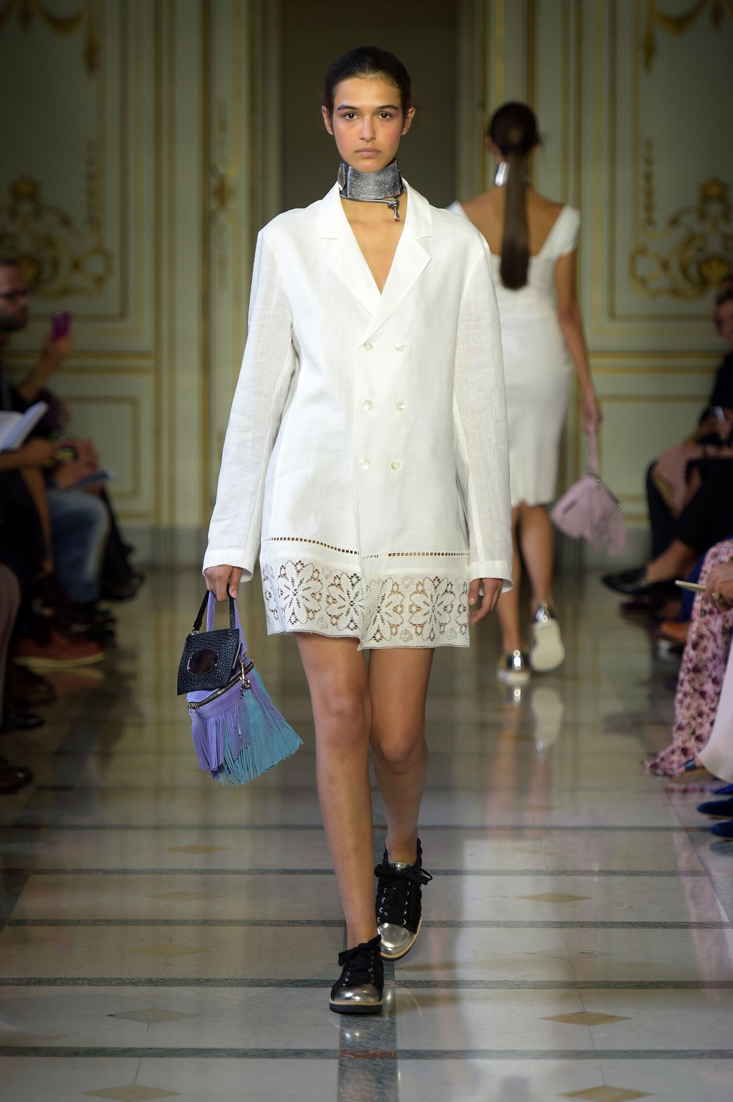 Spring 2016 Woman Fashion Show Andrea Incontri
