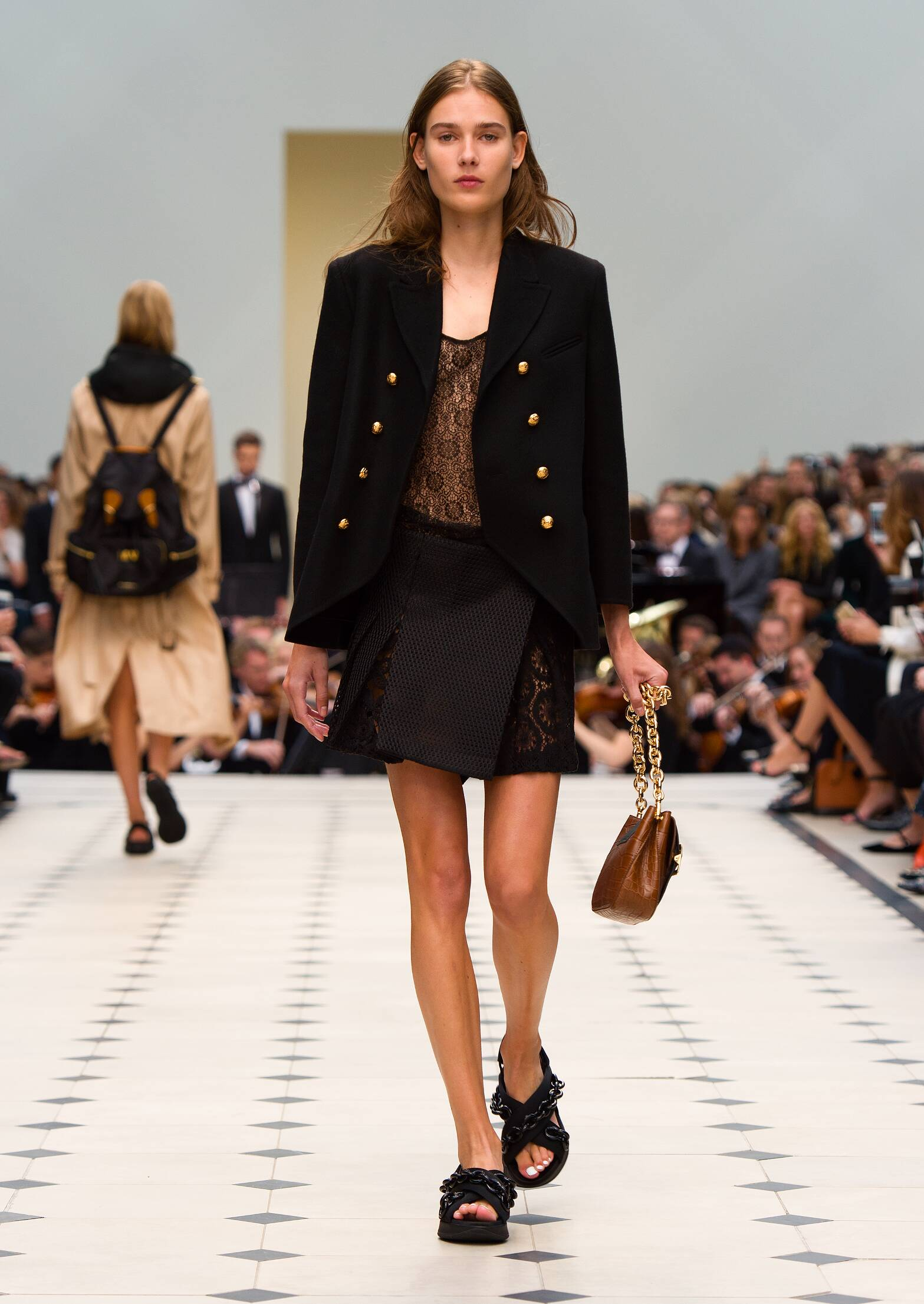 Spring 2016 Woman Fashion Show Burberry Prorsum