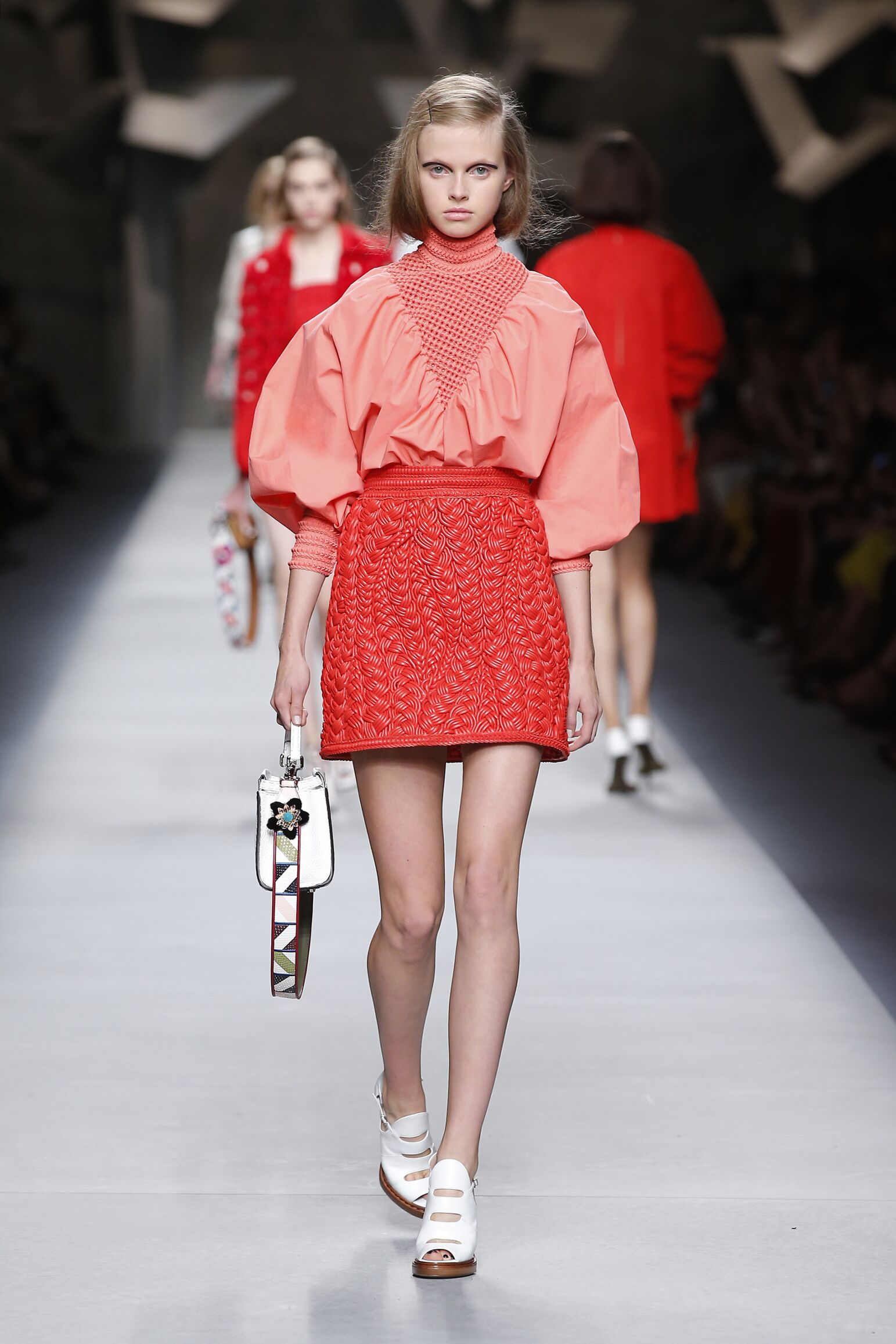 Spring 2016 Woman Fashion Show Fendi