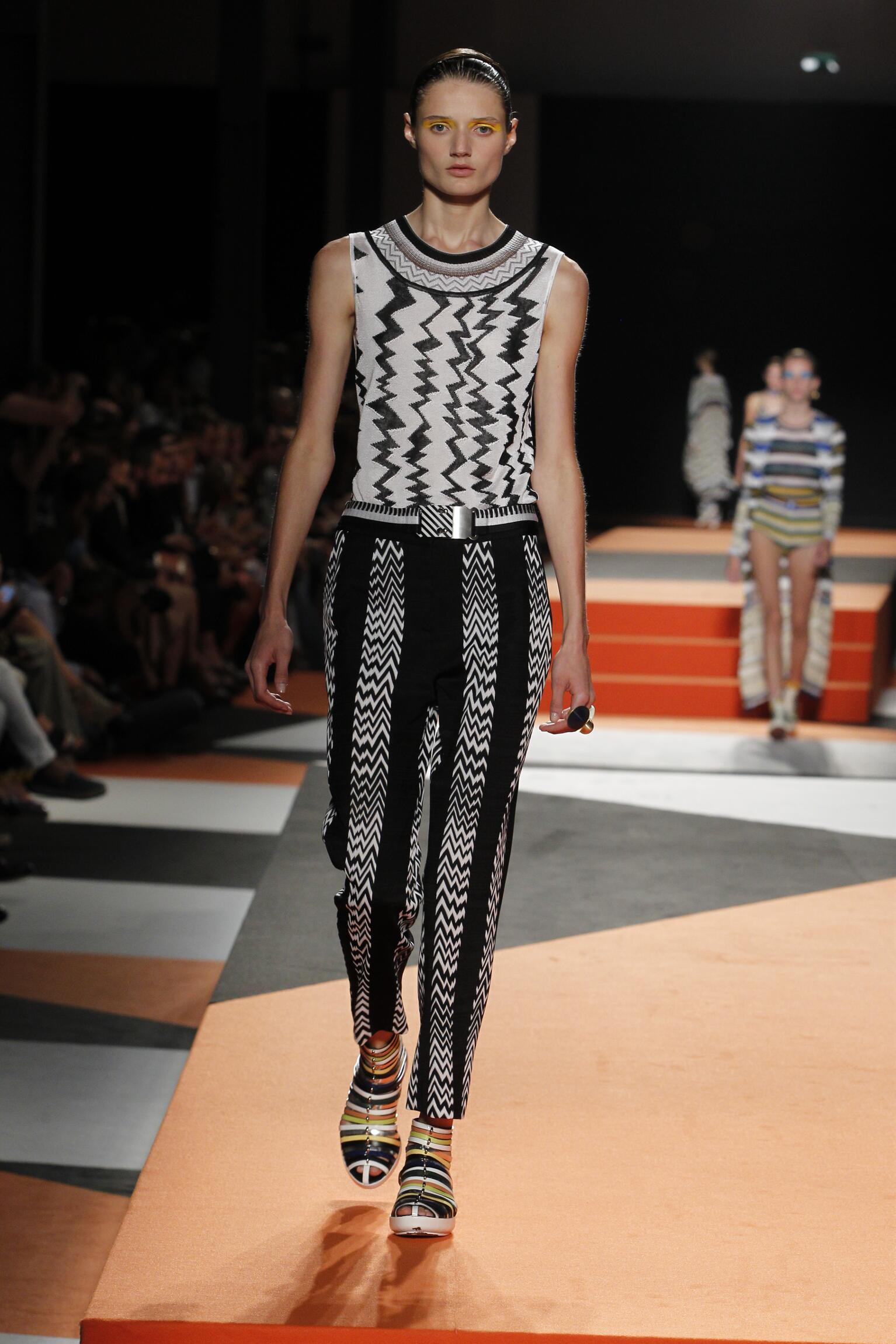 Spring 2016 Woman Fashion Show Missoni