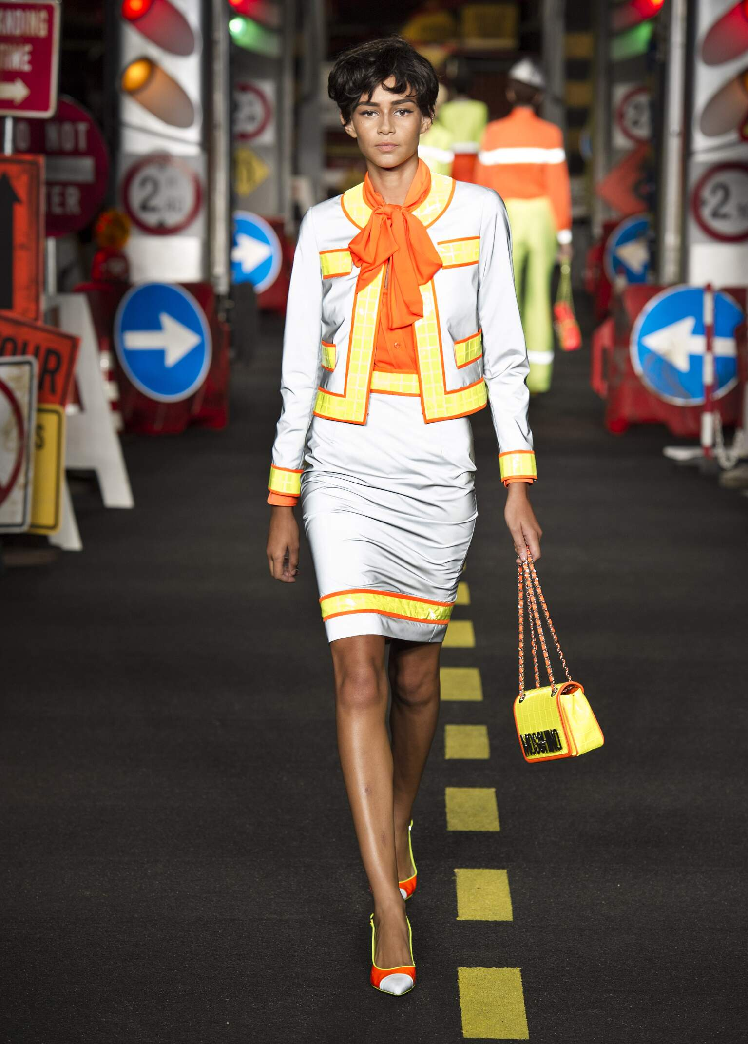 Spring 2016 Woman Fashion Show Moschino