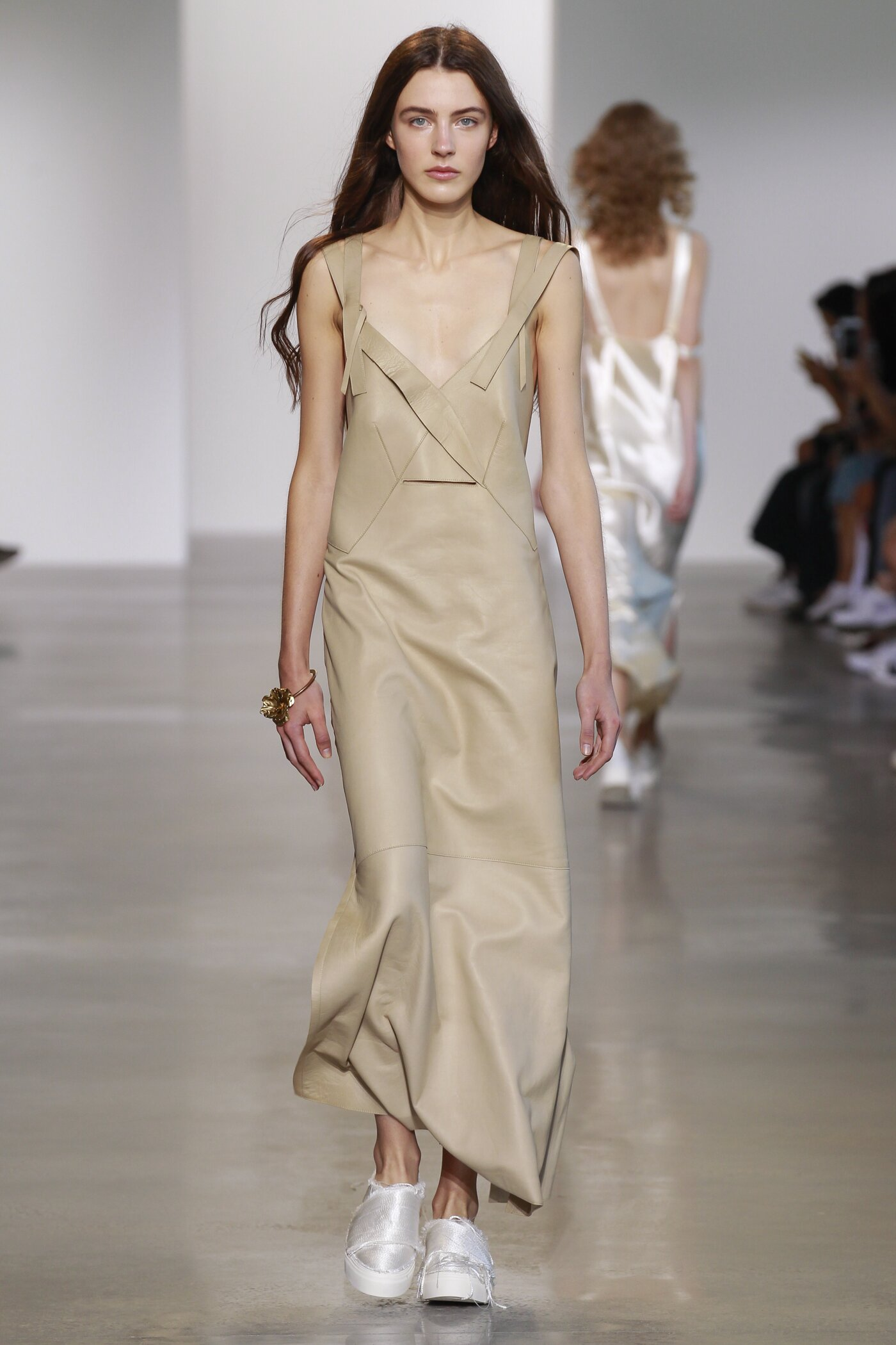 Spring 2016 Women Fashion Show Calvin Klein Collection