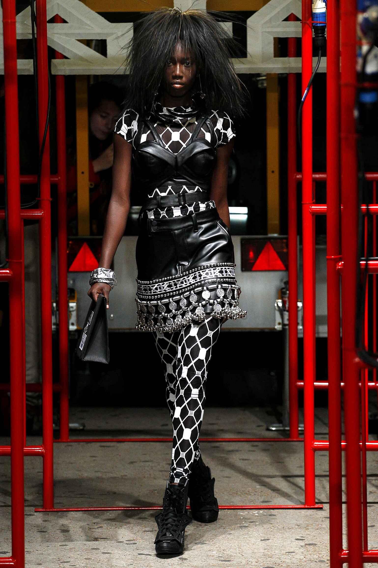 Spring 2016 Women Fashion Show KTZ Collection