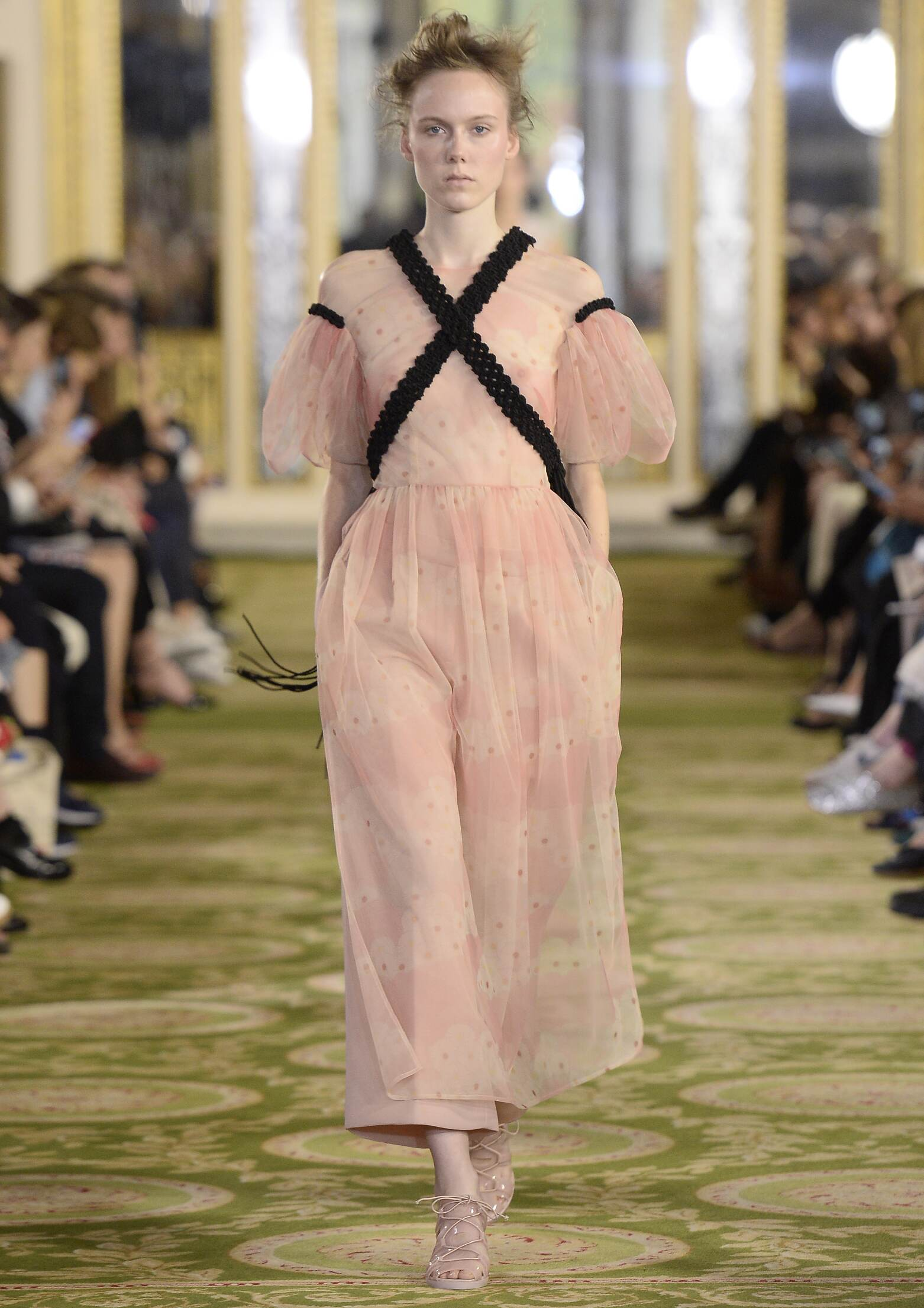 Spring 2016 Women Fashion Show Simone Rocha Collection