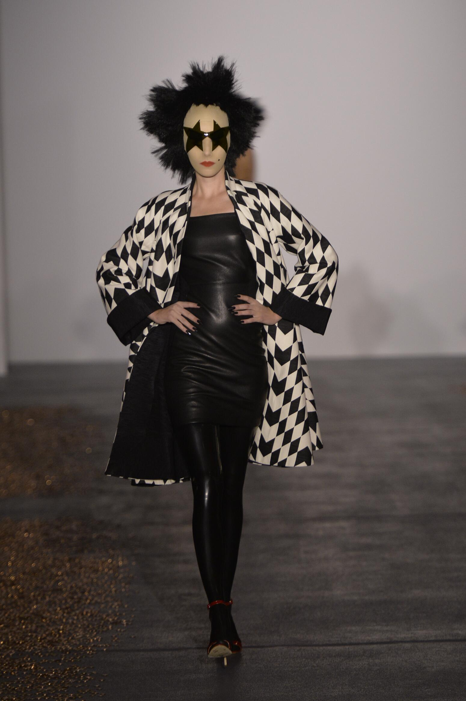 Spring Fashion 2016 Gareth Pugh Collection