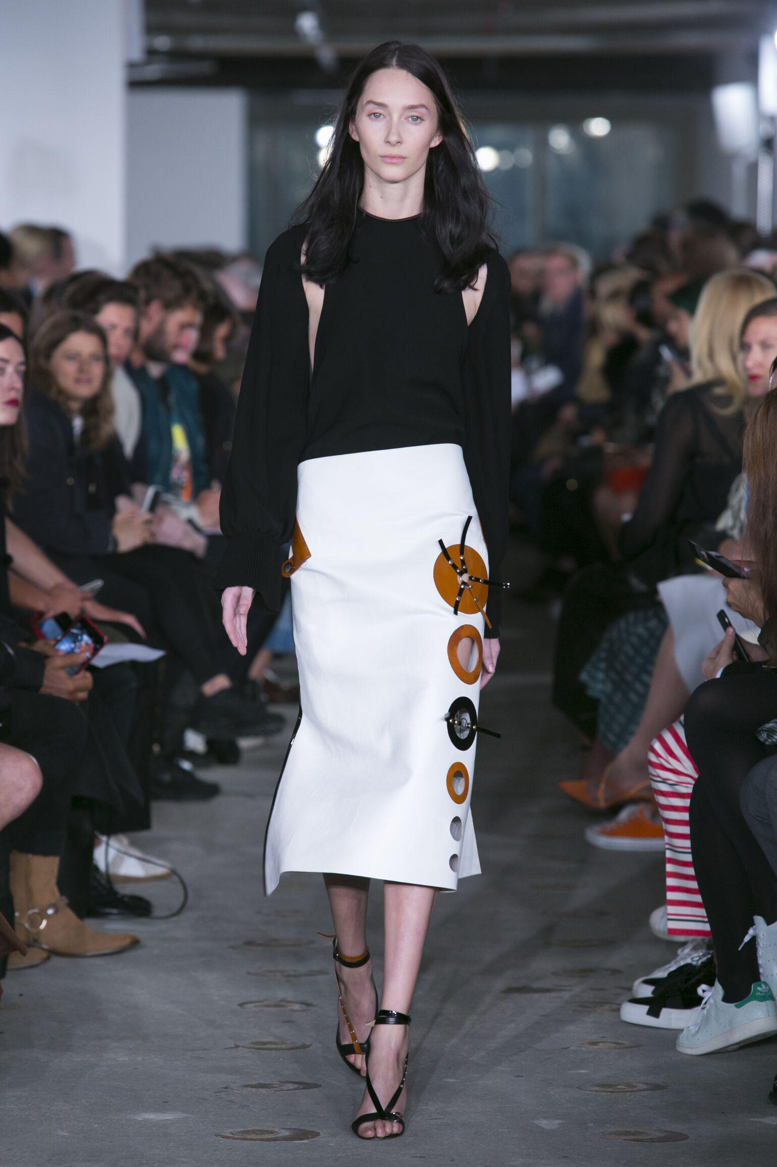 Spring Fashion 2016 Thomas Tait Collection
