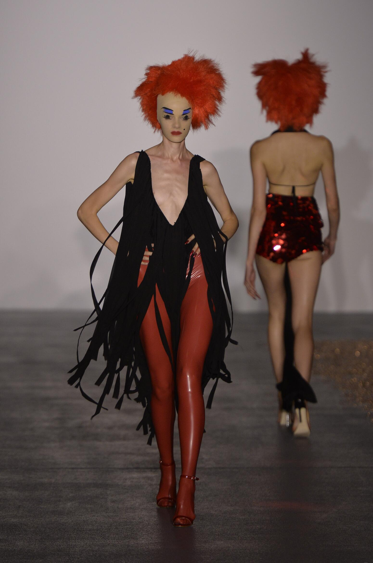 Spring Gareth Pugh Collection Fashion Women Model