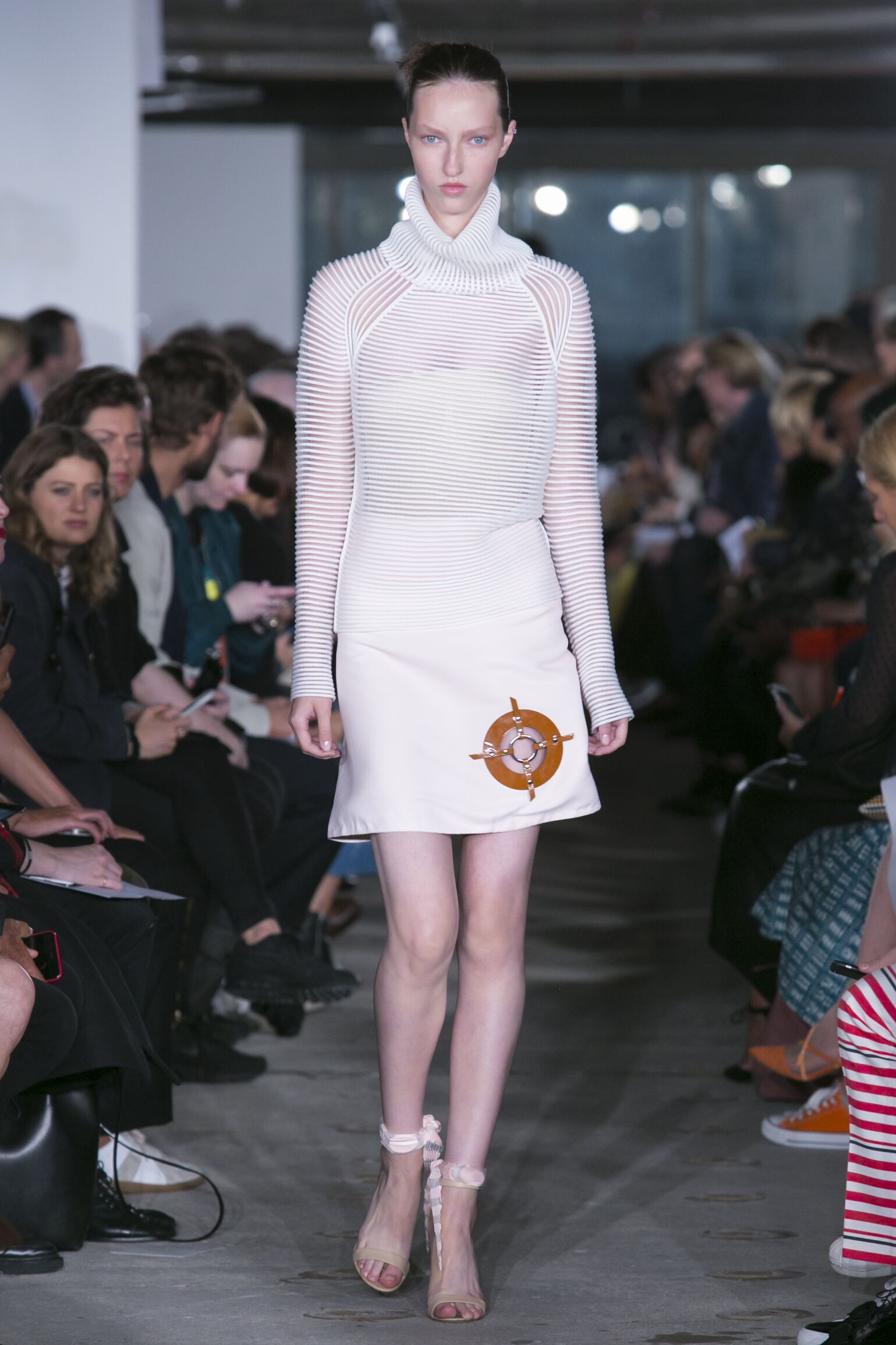 Spring Summer 2016 Fashion Collection Thomas Tait