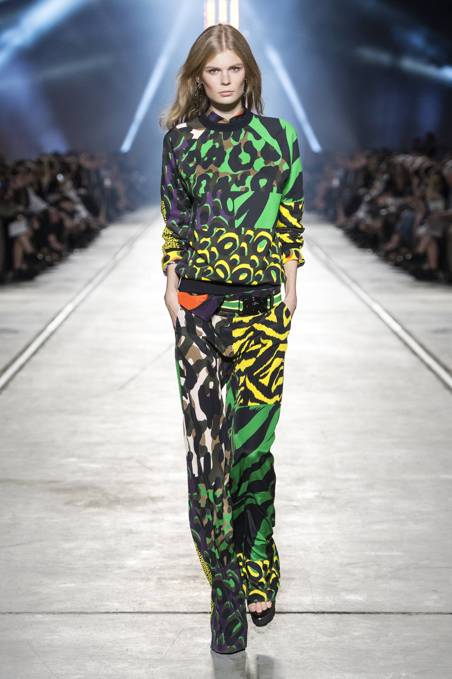 Spring Summer 2016 Woman Milan Versace Collection