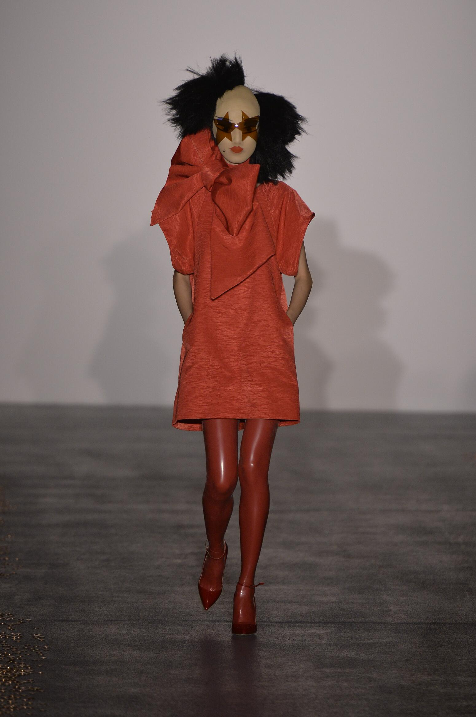 Style Women Gareth Pugh Collection