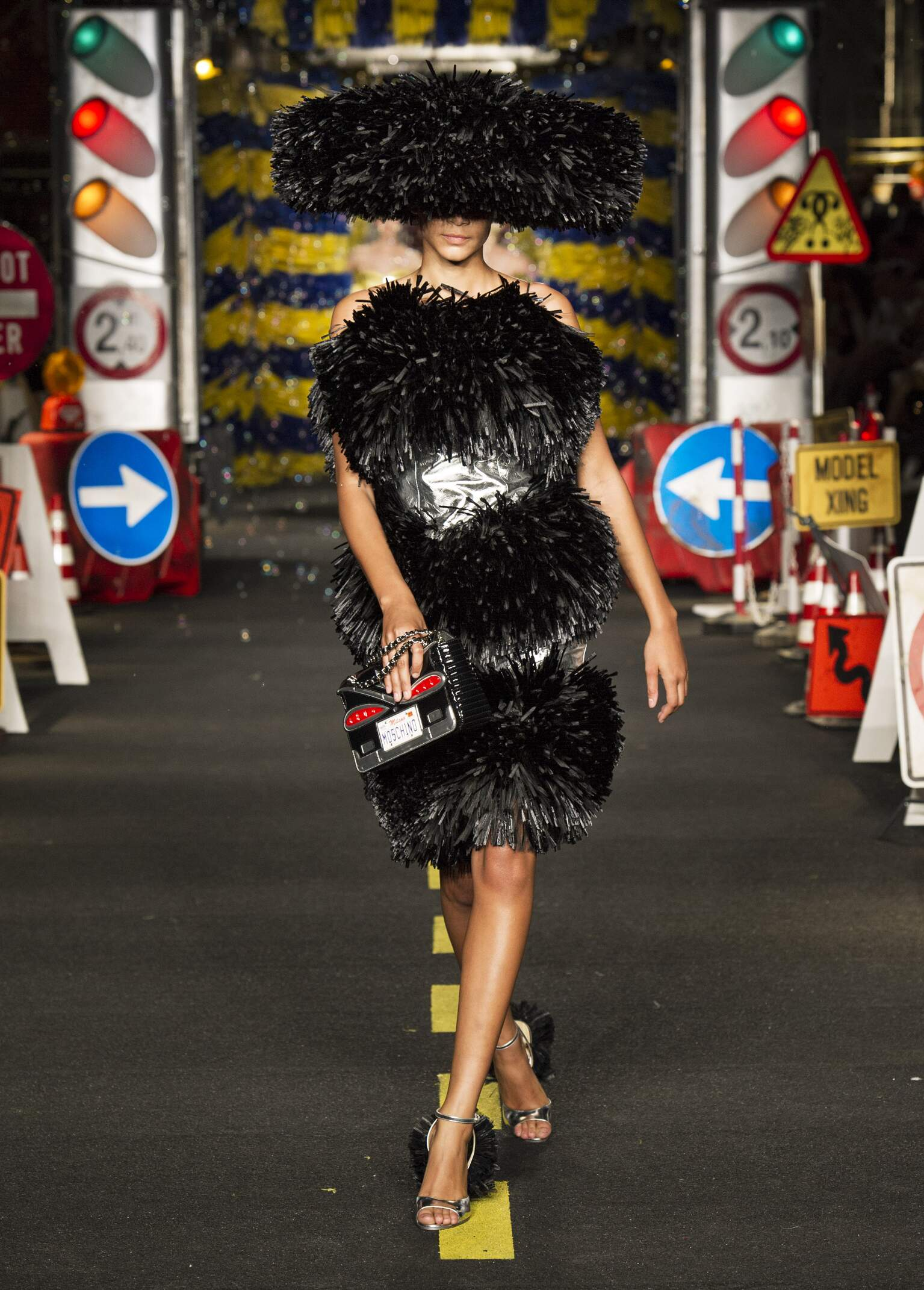 Summer Fashion Trends 2016 Moschino Milan