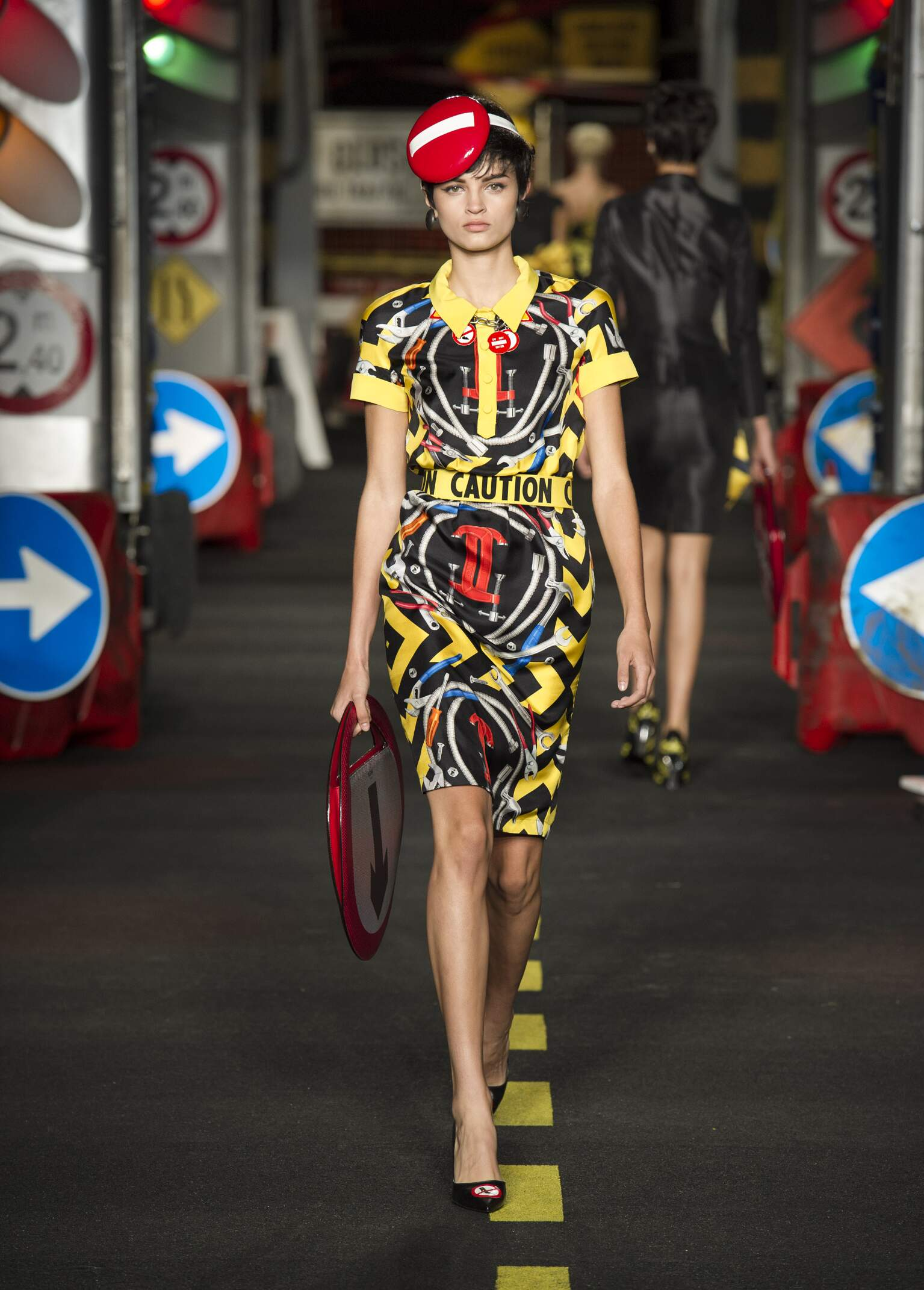 Summer Fashion Trends 2016 Moschino