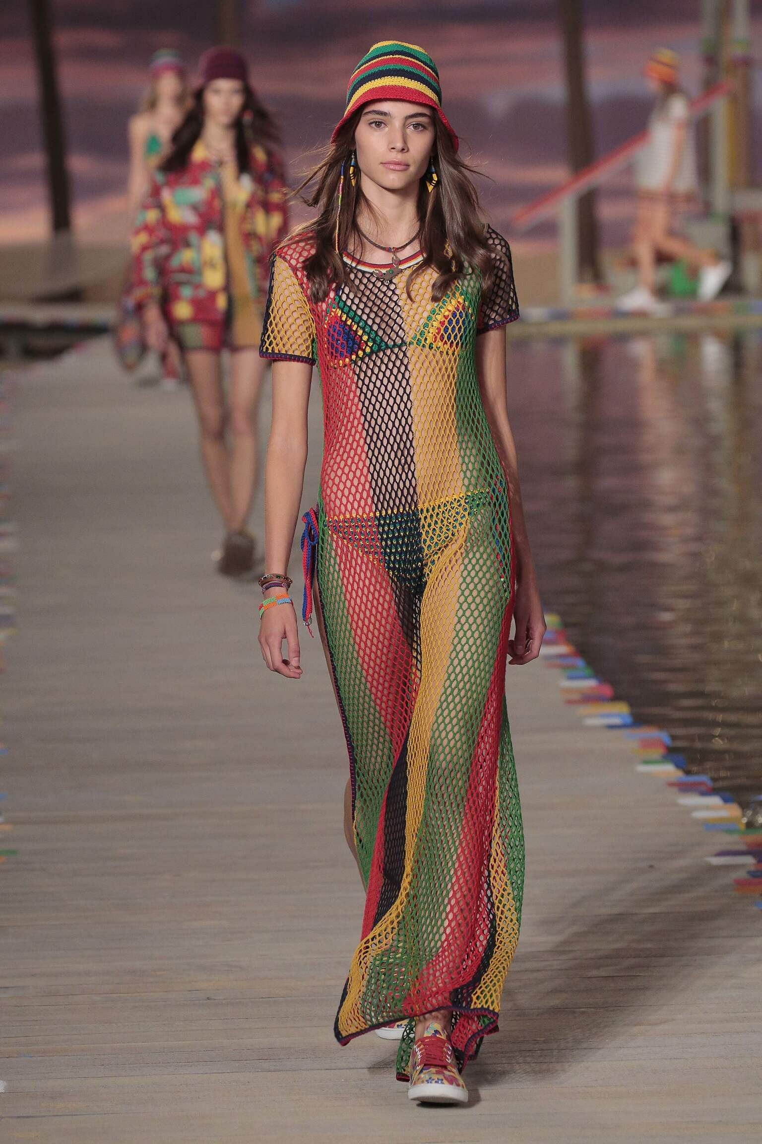 TOMMY HILFIGER SPRING SUMMER 2016 WOMEN'S COLLECTION