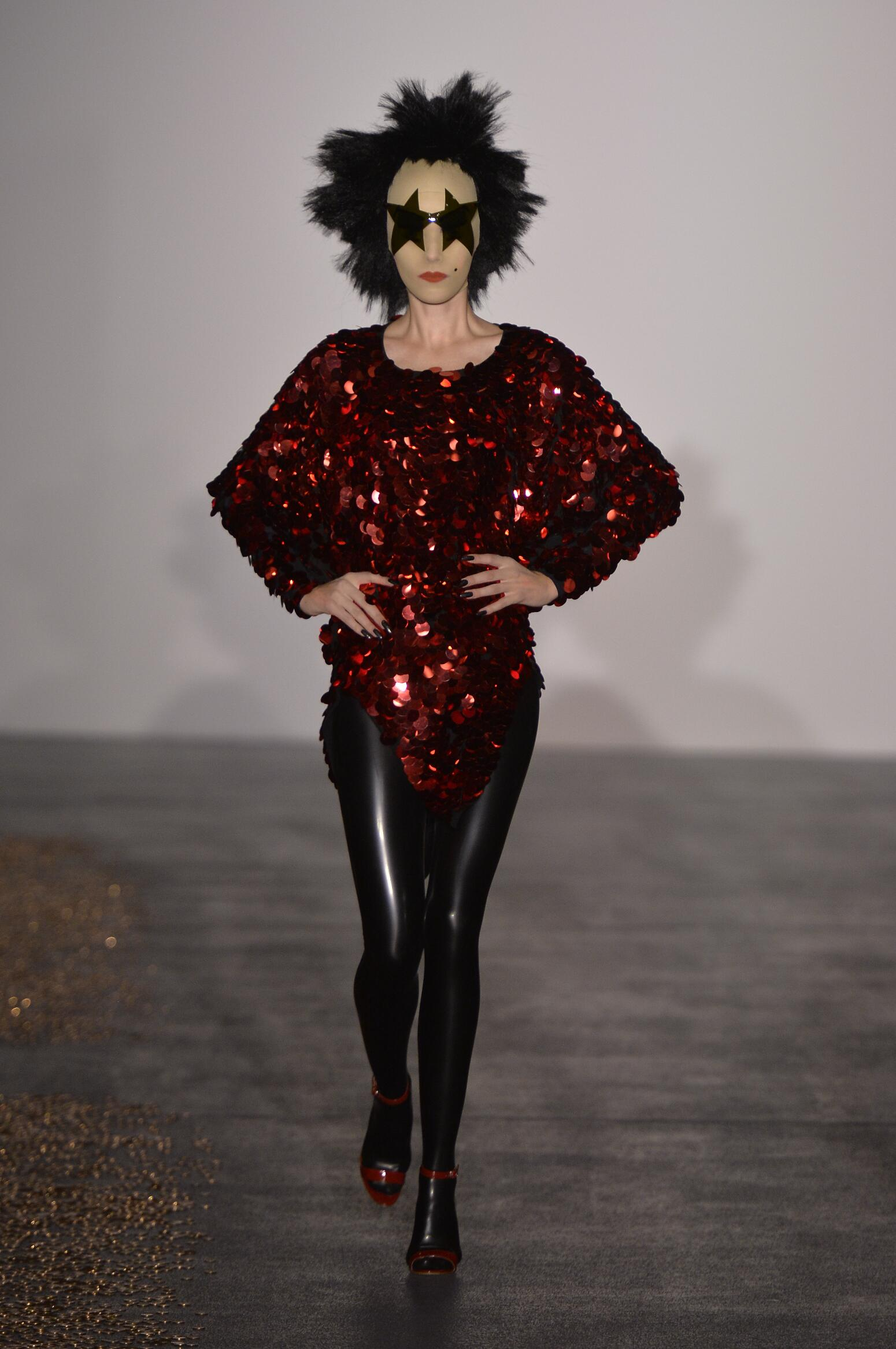 Woman Style Gareth Pugh
