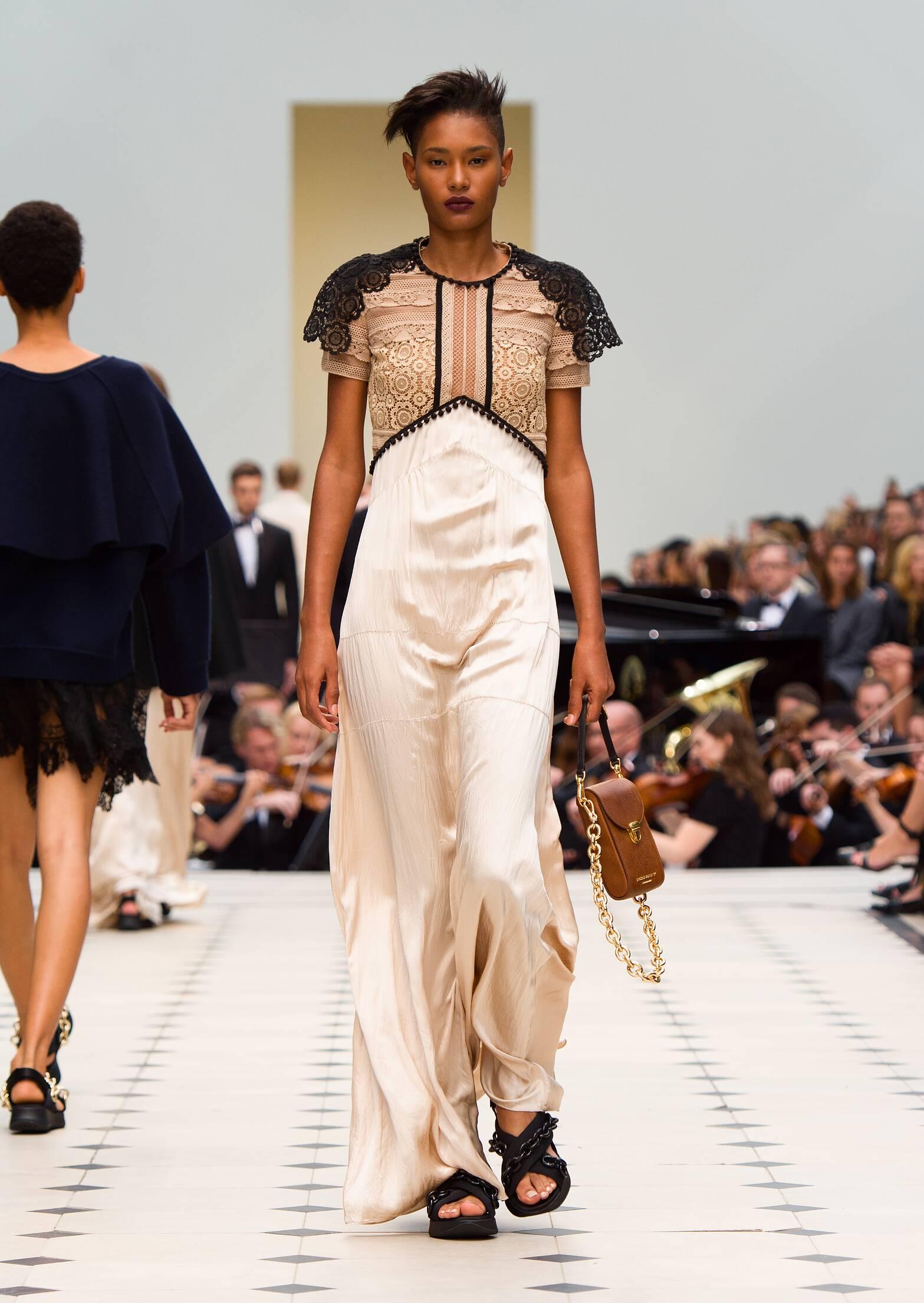 Womenswear Spring Summer Burberry Prorsum 2016