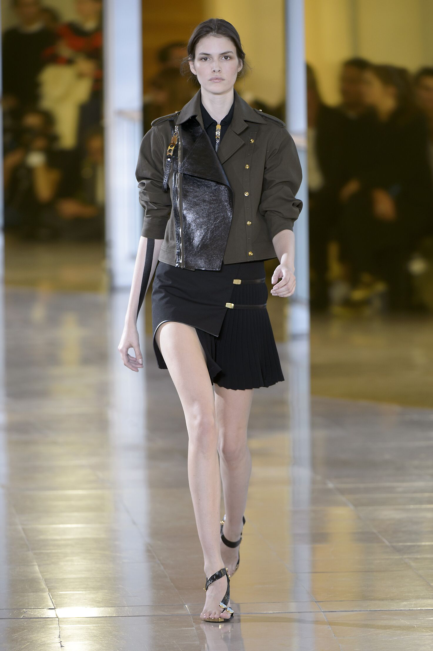 2016 Catwalk Anthony Vaccarello