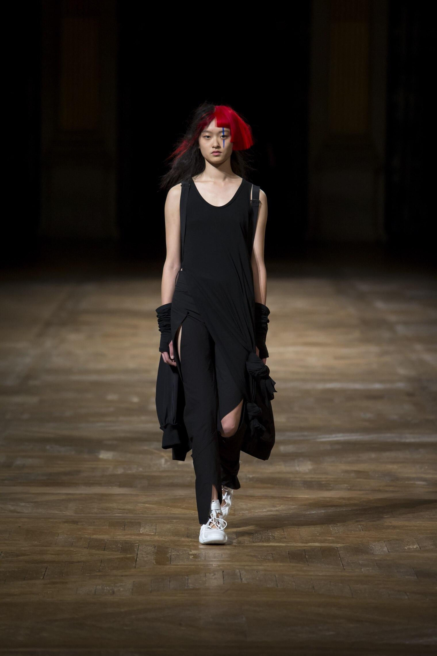 Catwalk Yohji Yamamoto Summer 2016