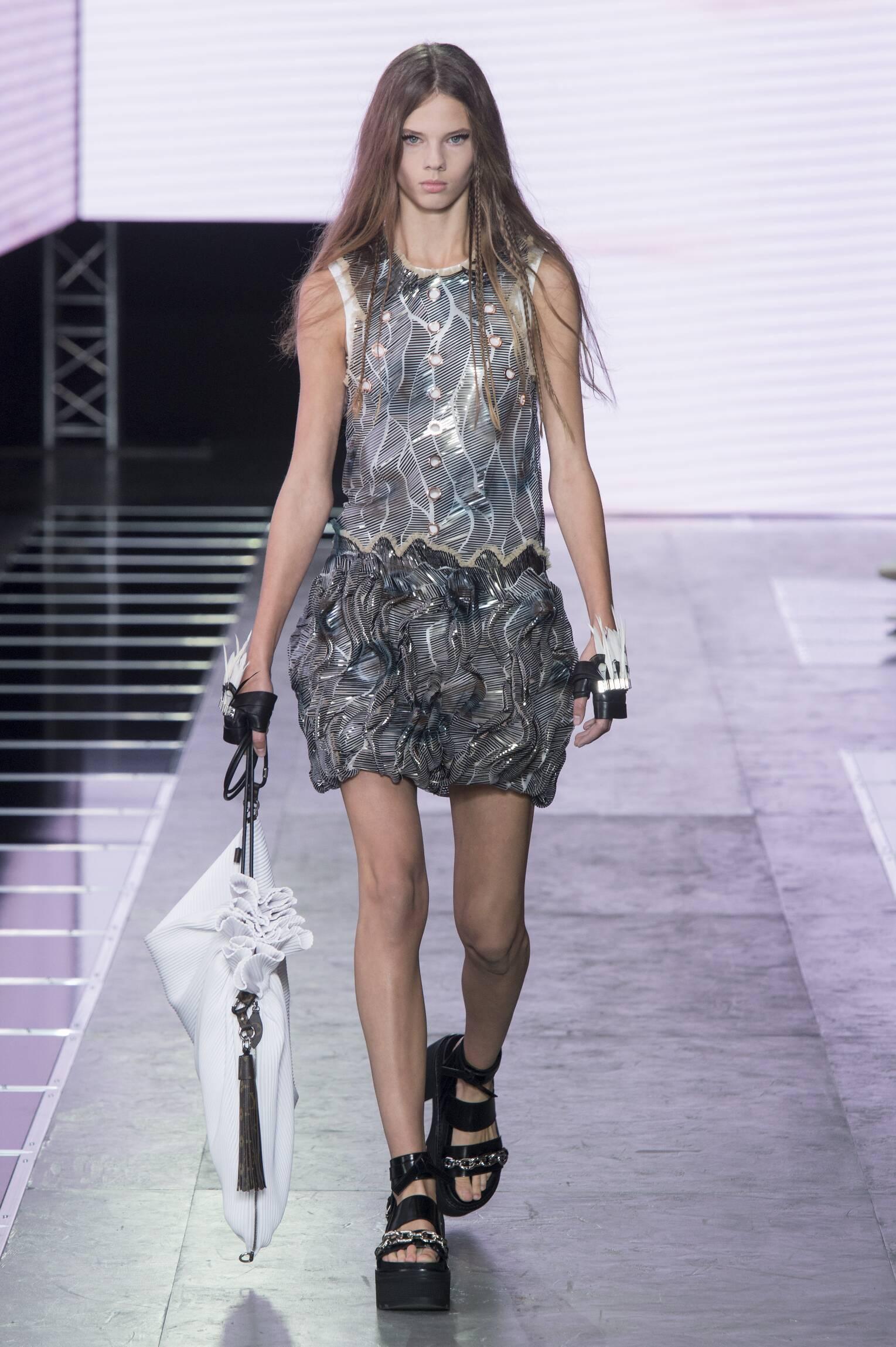 Fashion 2016 Woman Style Louis Vuitton