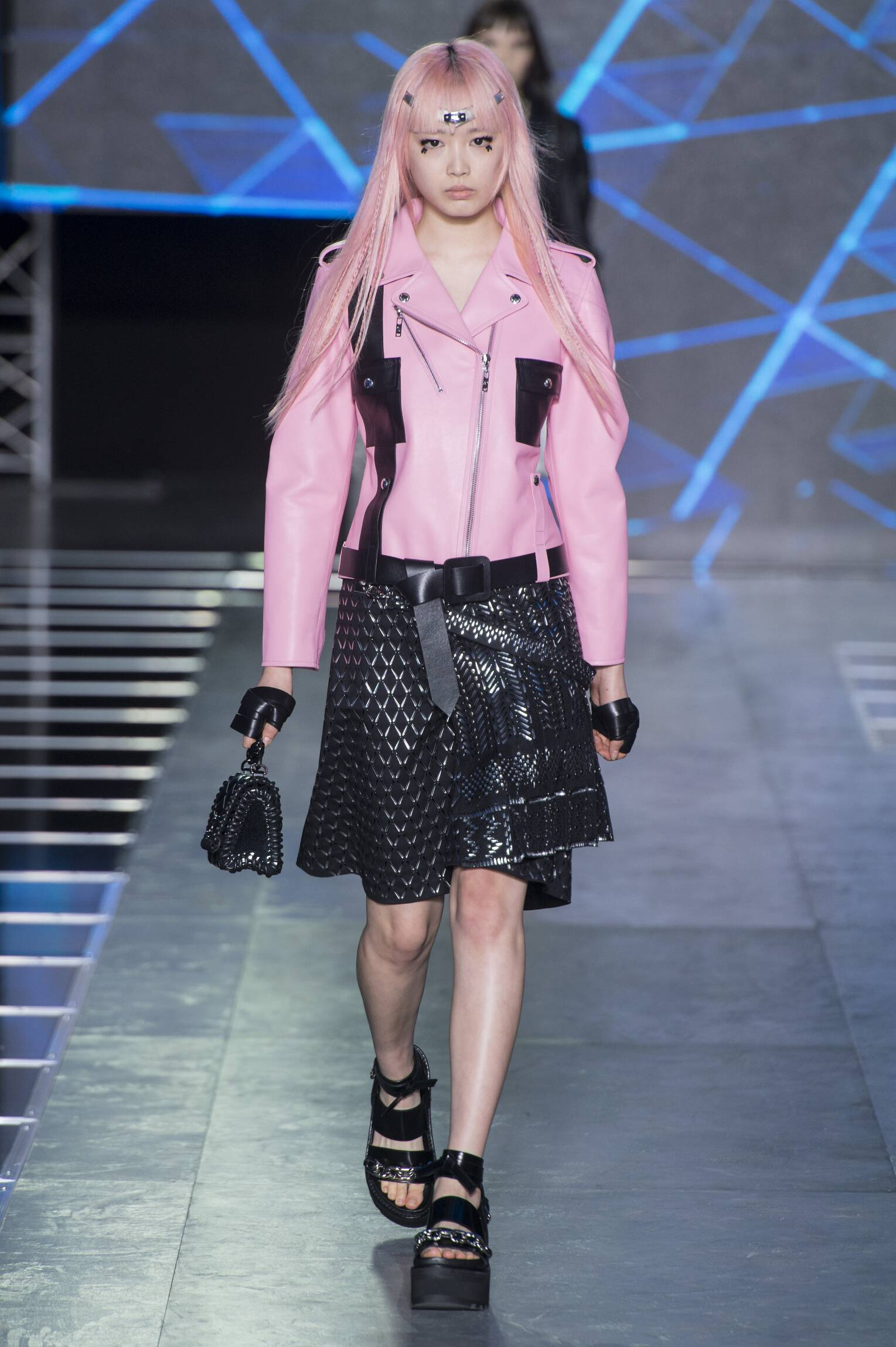Louis Vuitton Fashion Show SS 2016