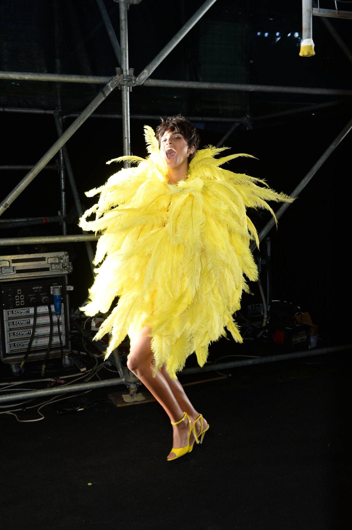 Model Moschino Backstage Womenswear