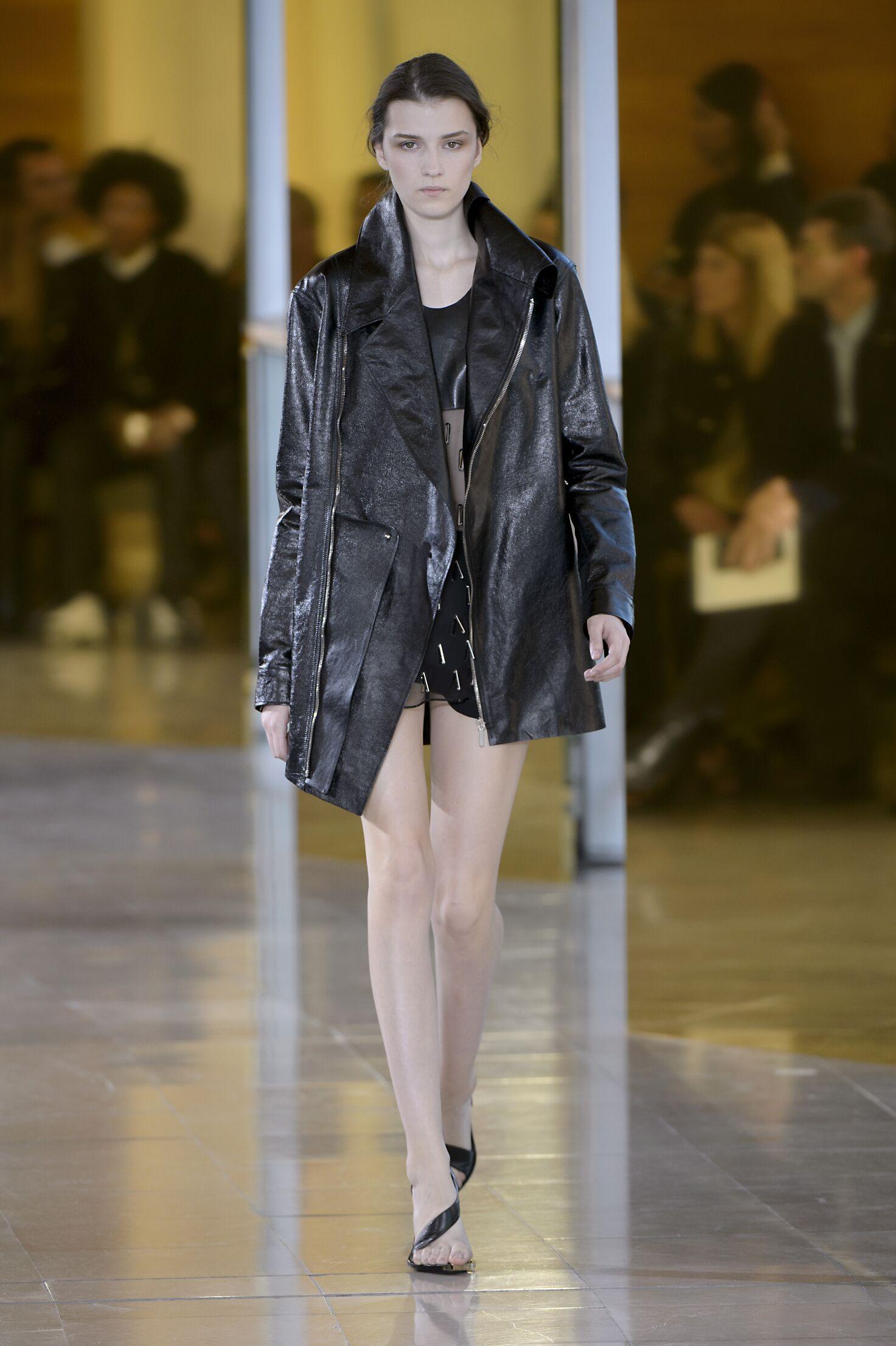 SS 2016 Fashion Show Anthony Vaccarello