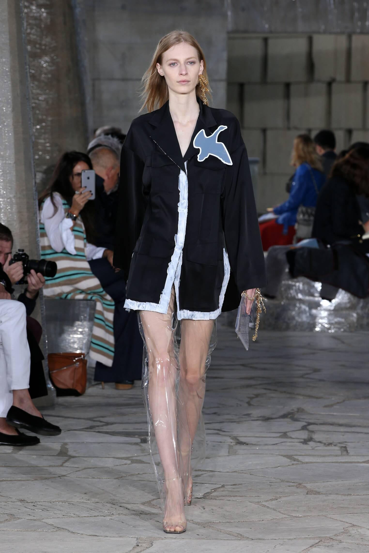 SS 2016 Fashion Show Loewe
