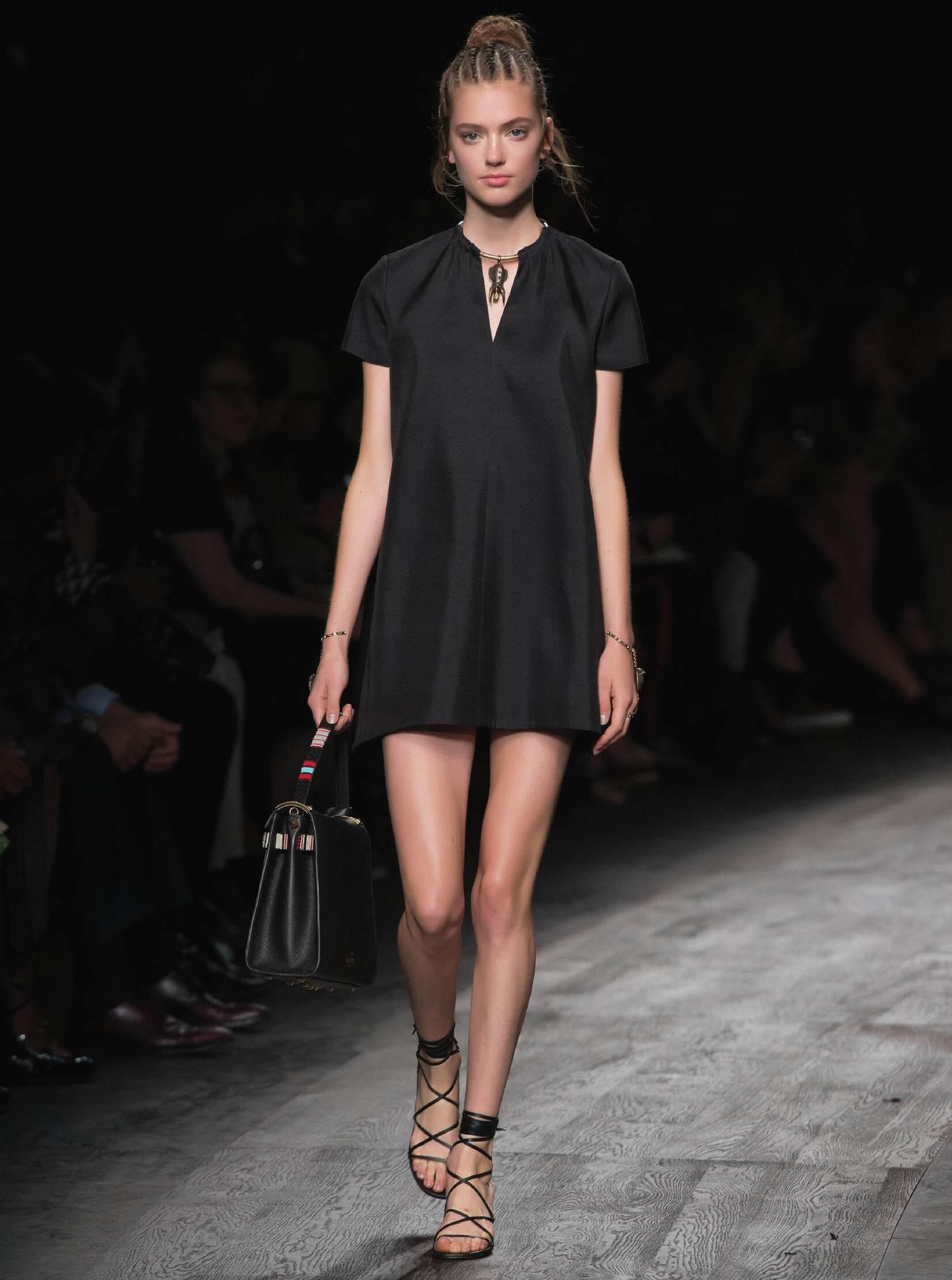 SS 2016 Valentino Fashion Show
