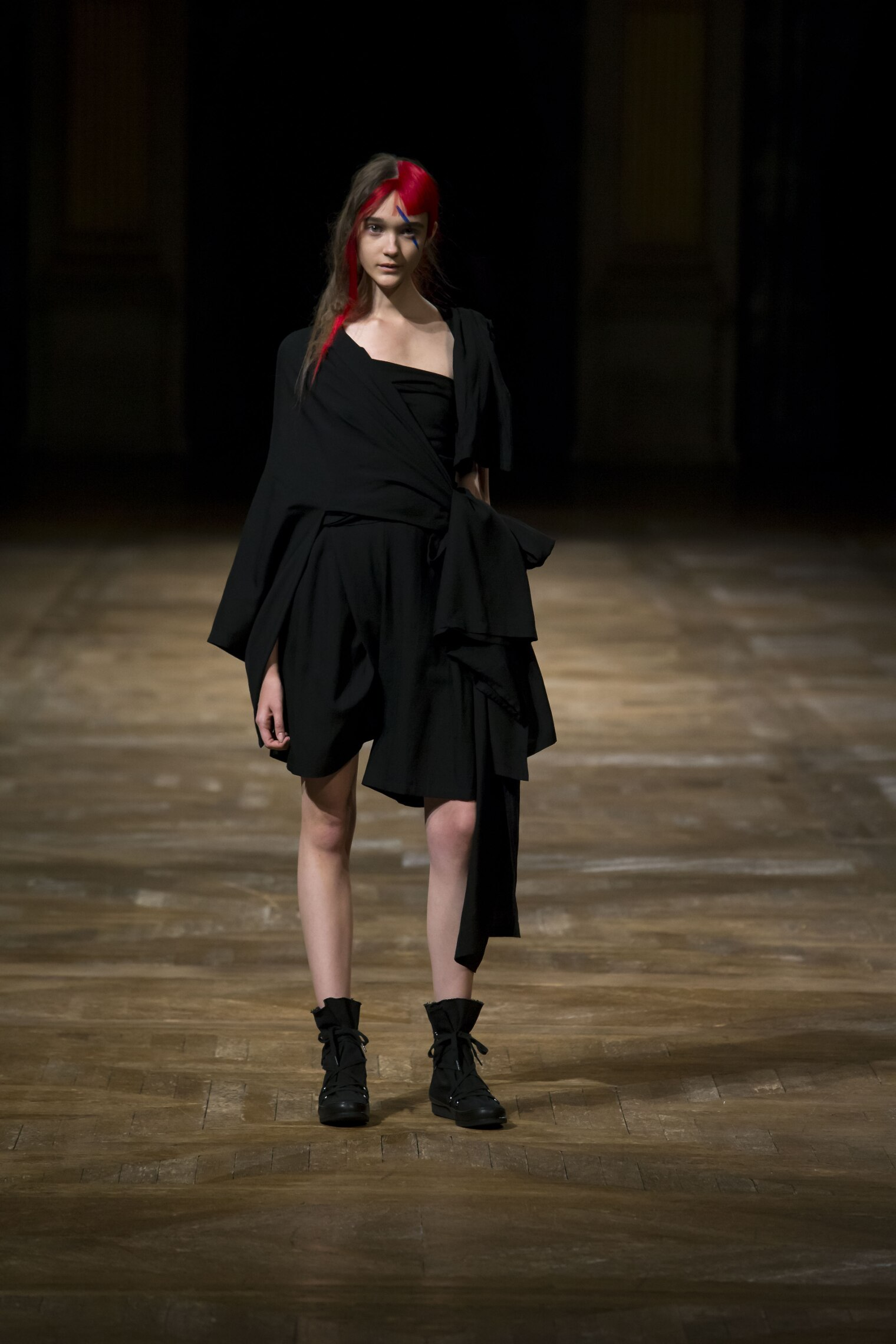 SS 2016 Yohji Yamamoto Fashion Show