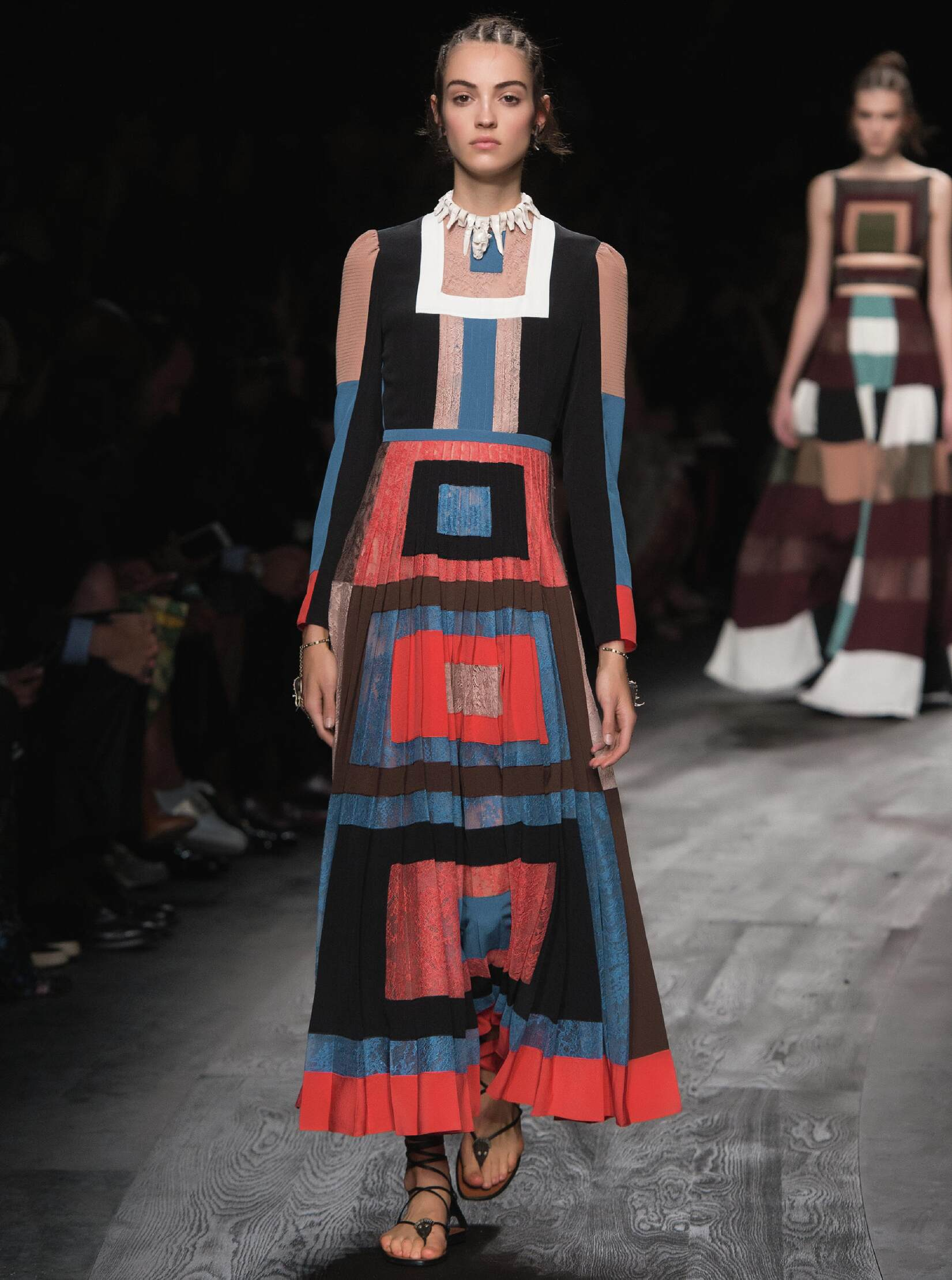 Spring Fashion 2016 Valentino