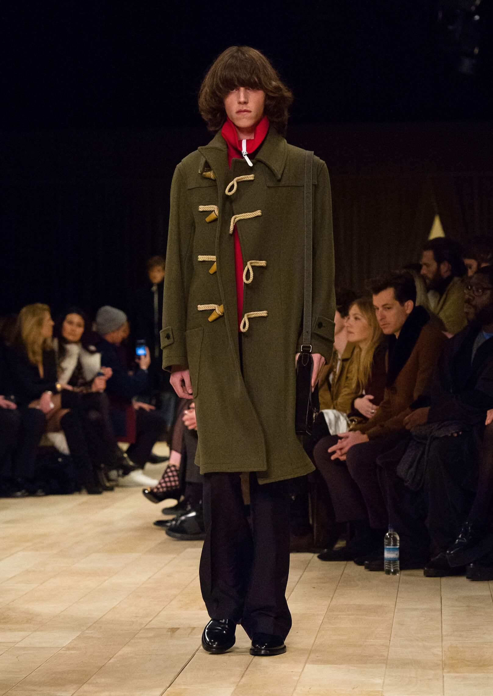 FW 2016 Fashion Show Burberry