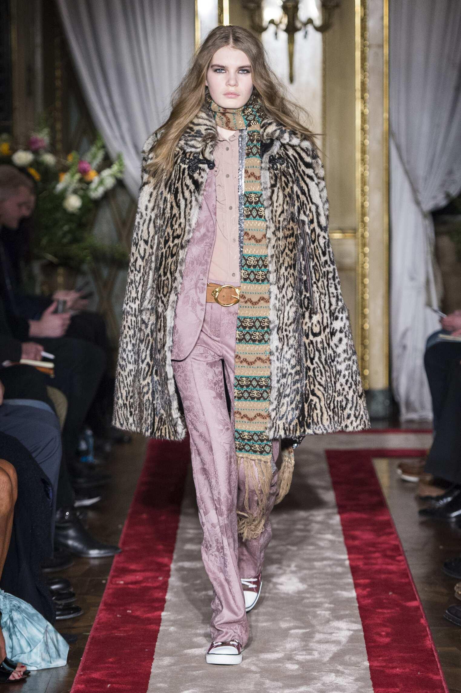 FW 2016 Fashion Show Roberto Cavalli