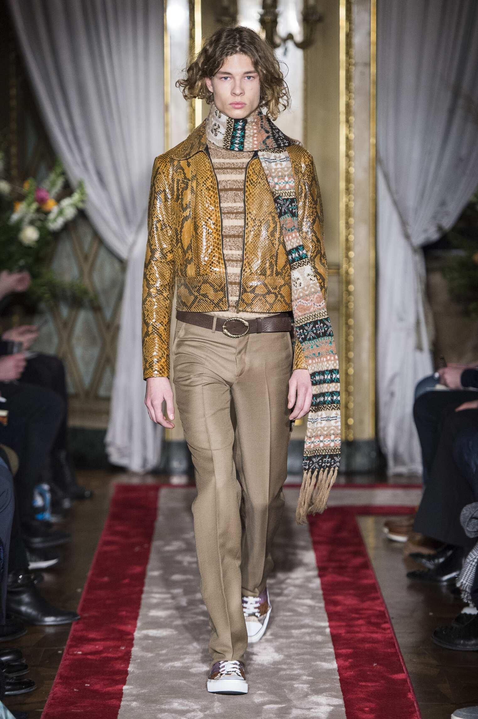 FW 2016 Roberto Cavalli Fashion Show