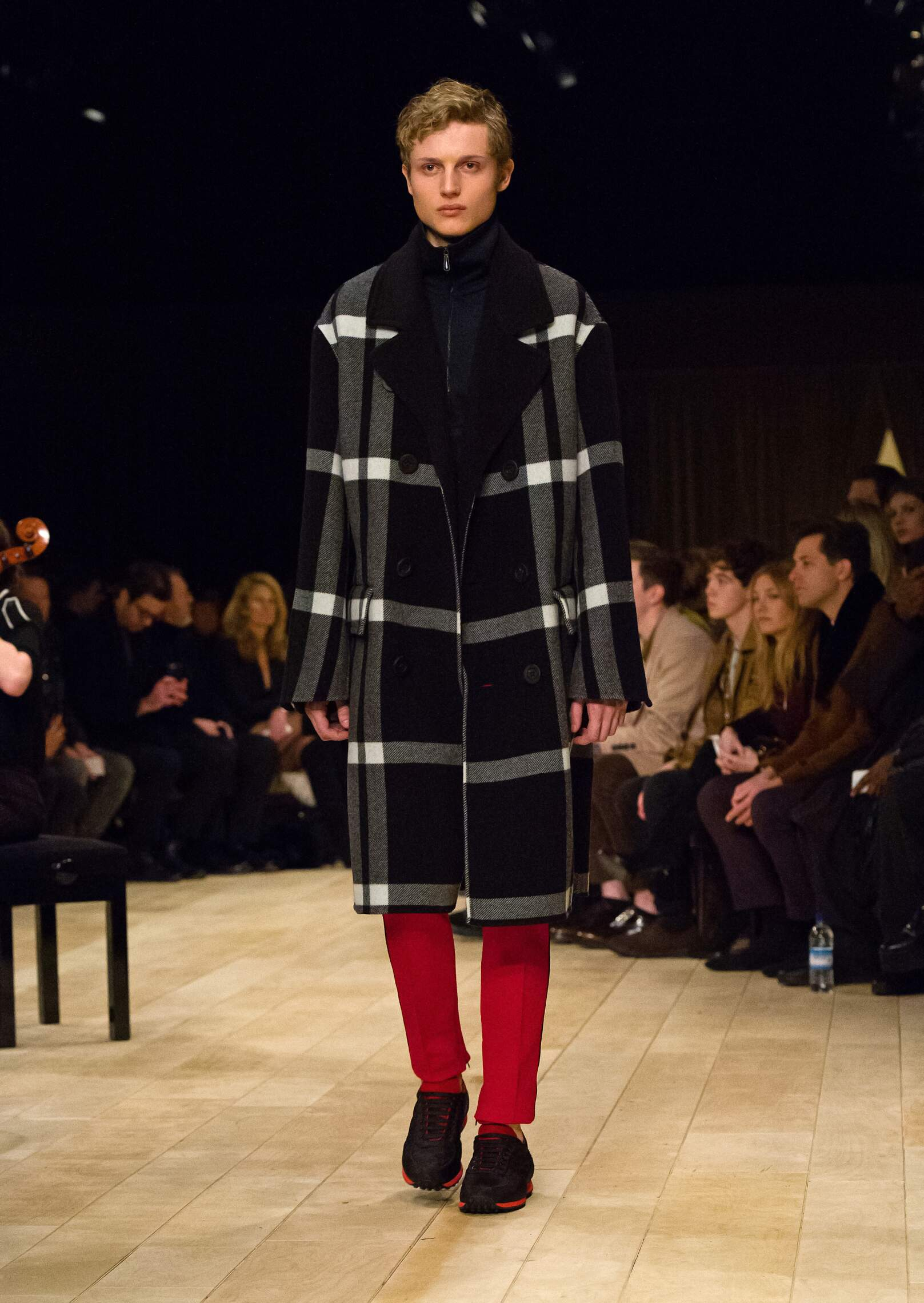 Fall Fashion 2016 Burberry