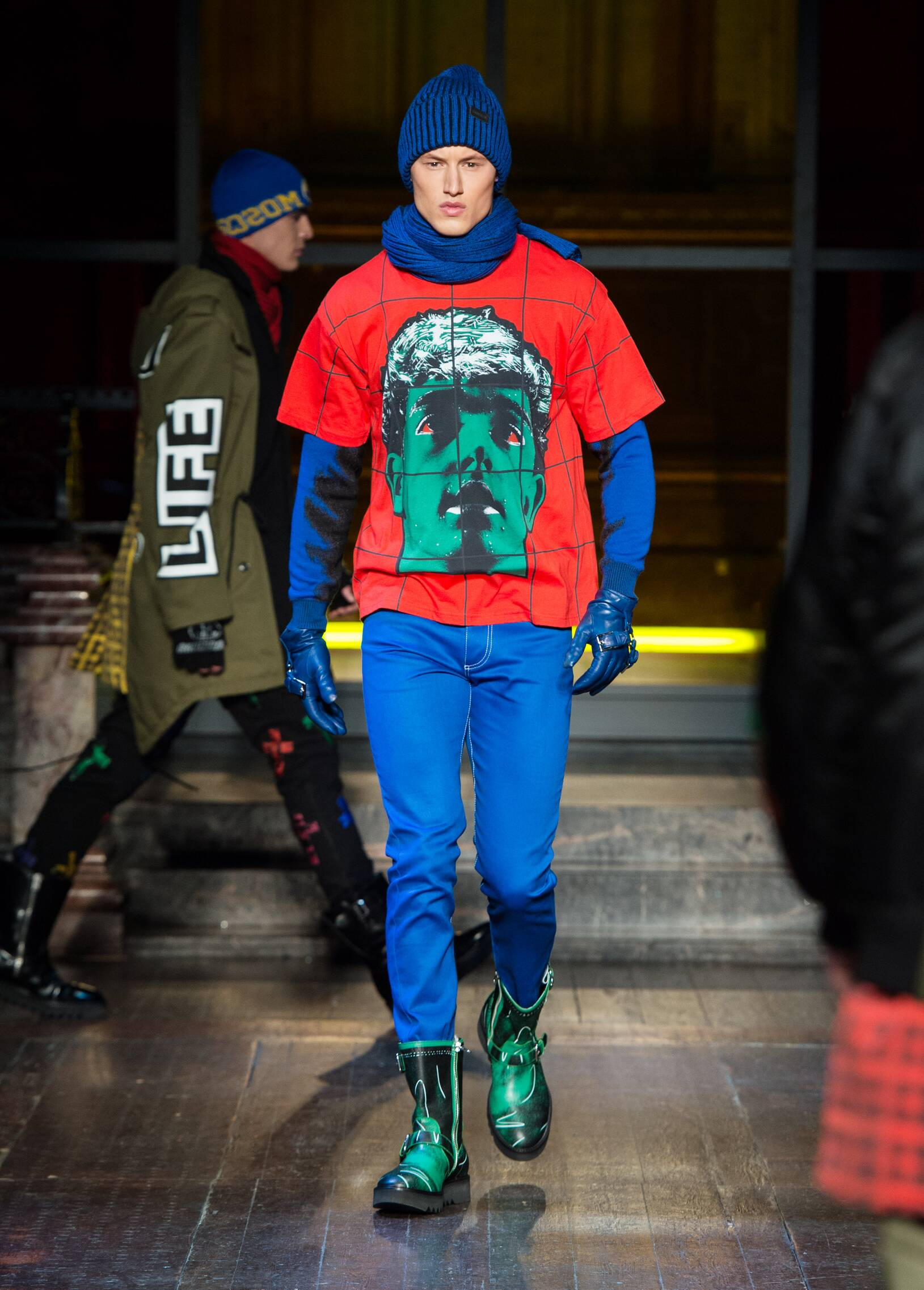 Fall Winter 2016 Man London Moschino Collection