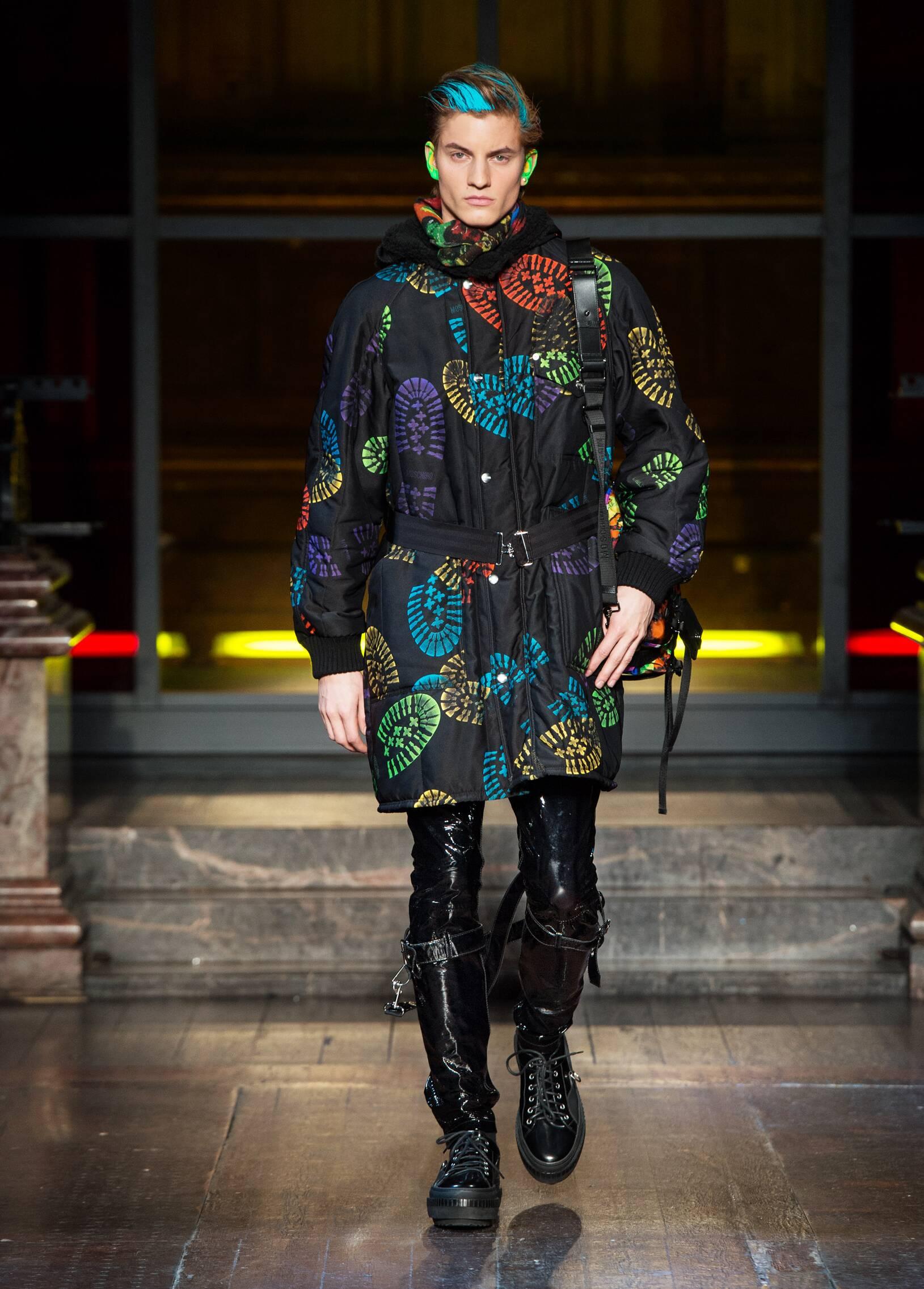 Fashion 2016 17 Catwalk Moschino Winter