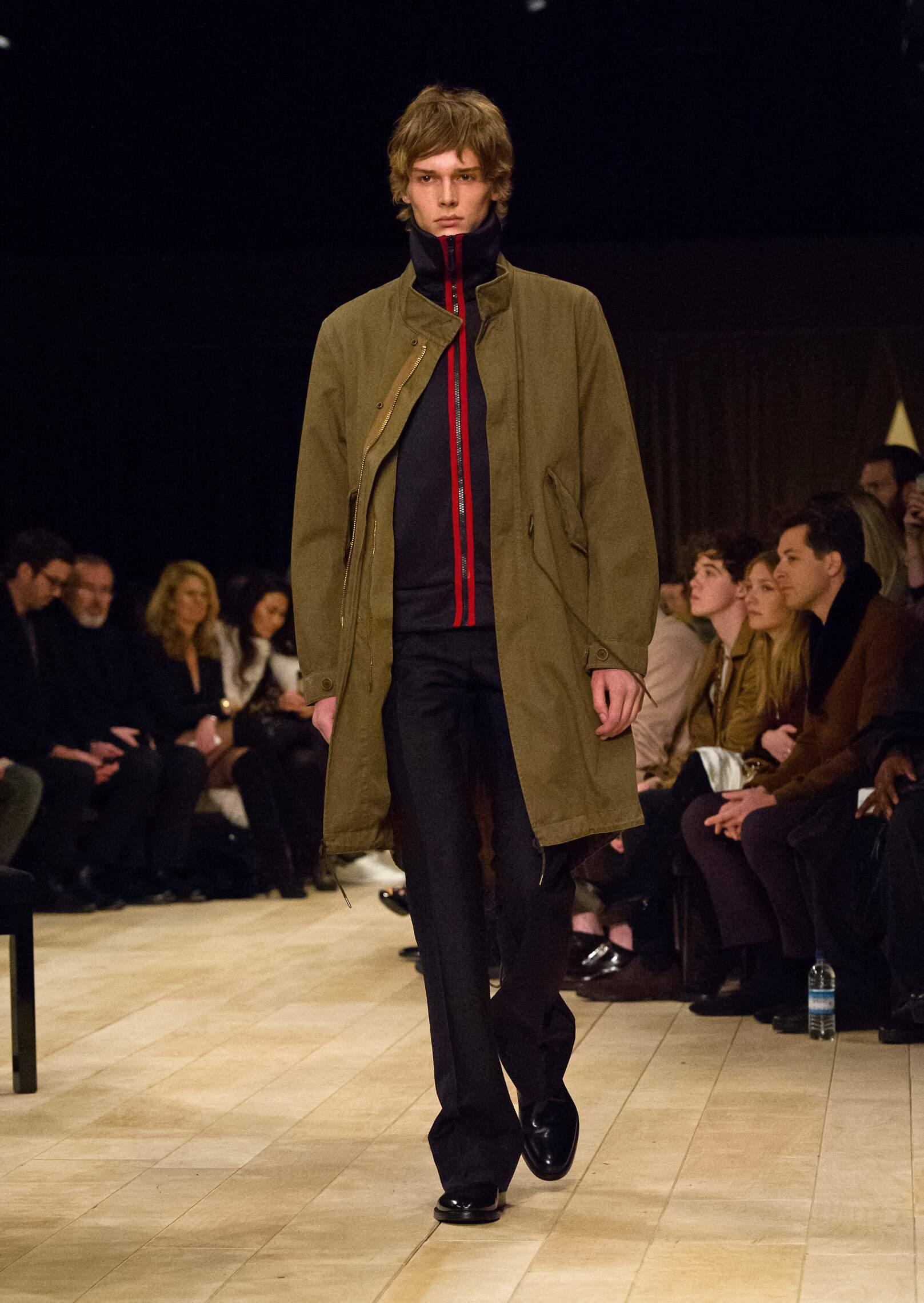 Fashion Model Burberry Catwalk