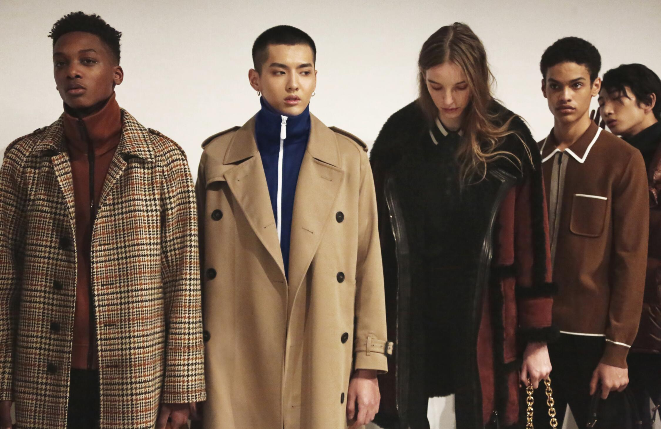 Fashion Models Burberry Menswear Backstage