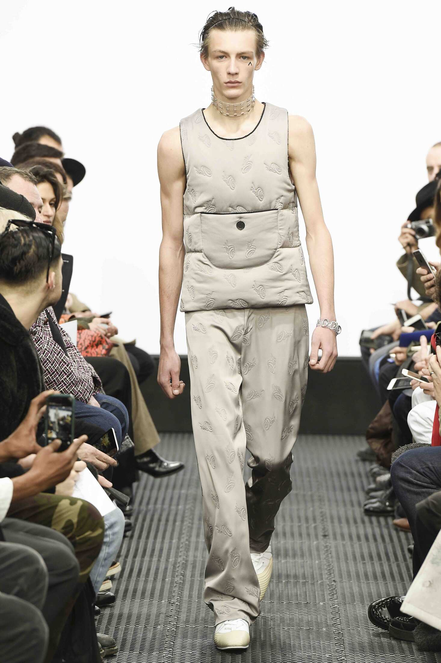 J.W. Anderson Men's Collection 2016 2017