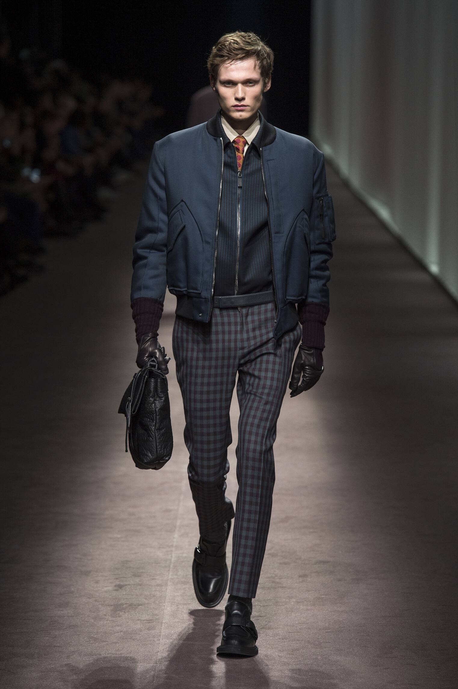 2016 Catwalk Canali Man Fashion Show Winter