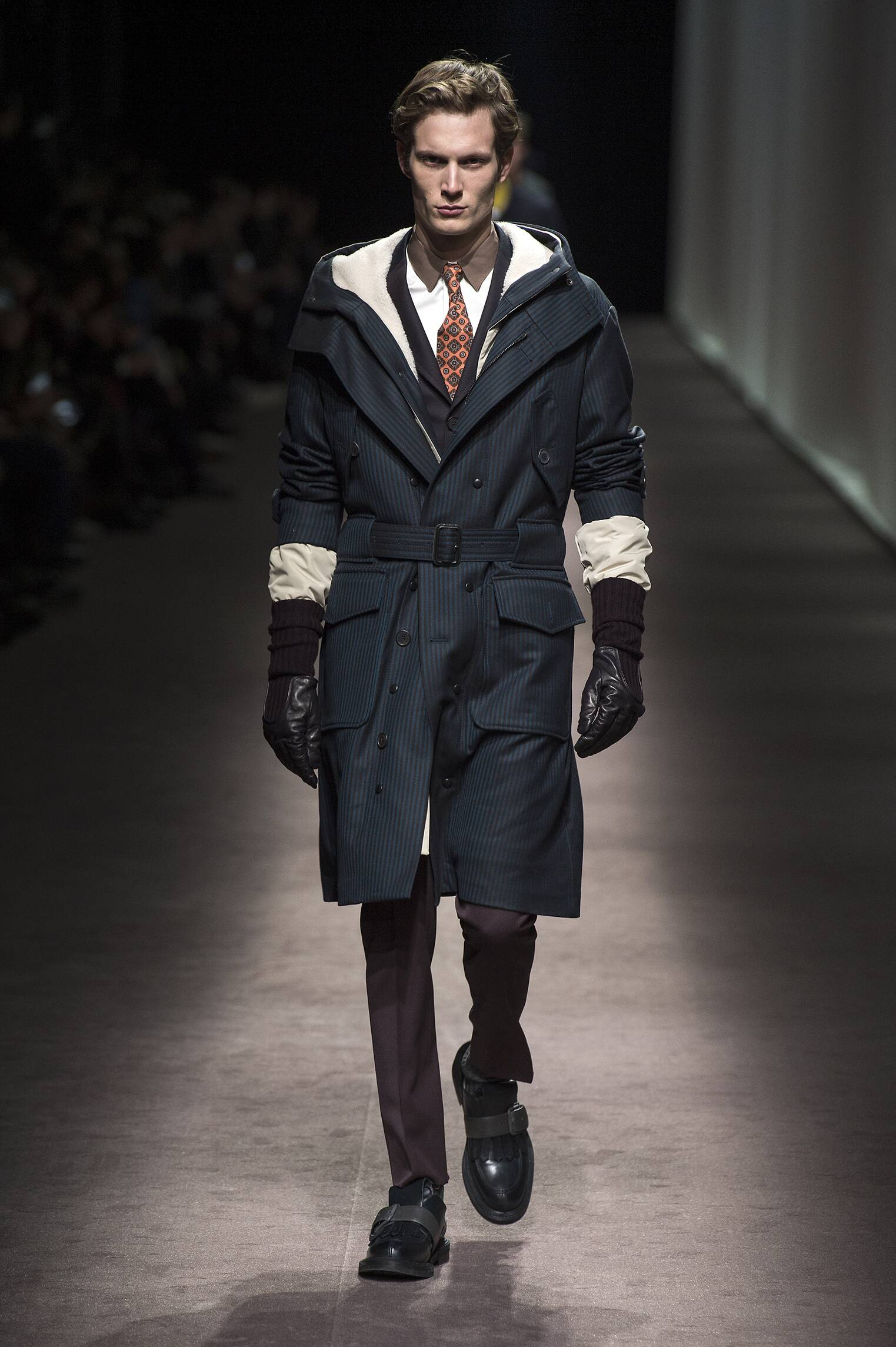 Catwalk Canali Man Fashion Show Winter 2016