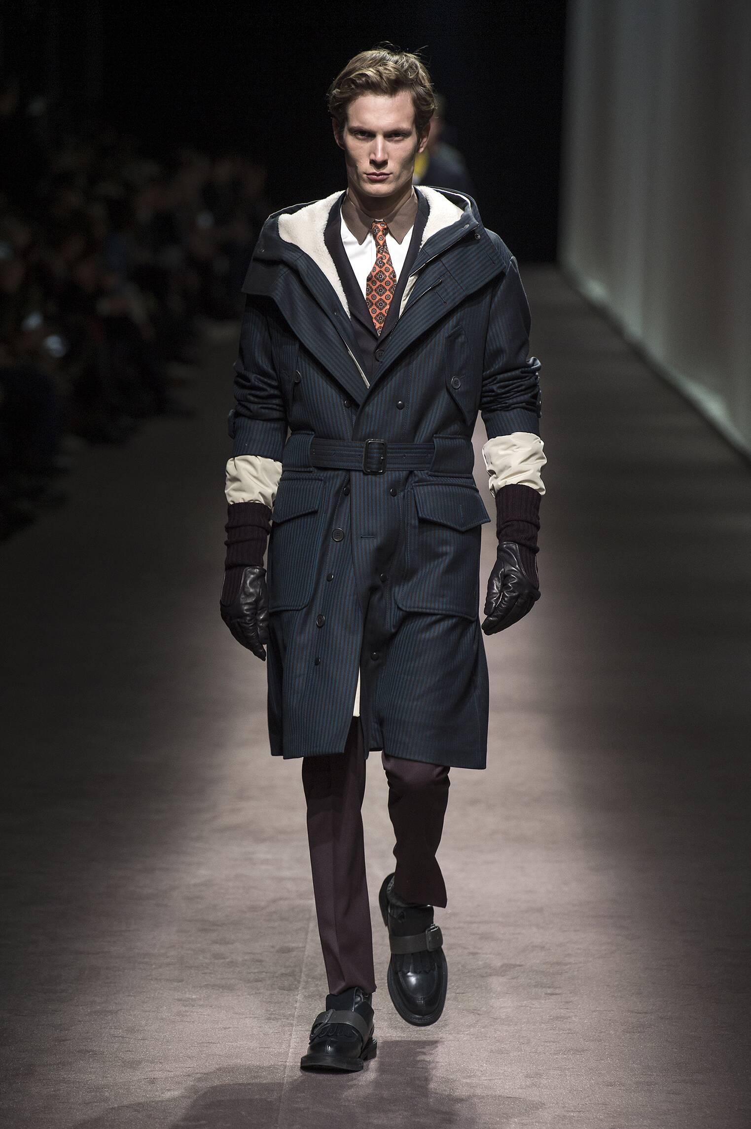 Catwalk Canali Man Fashion Show Winter 2016