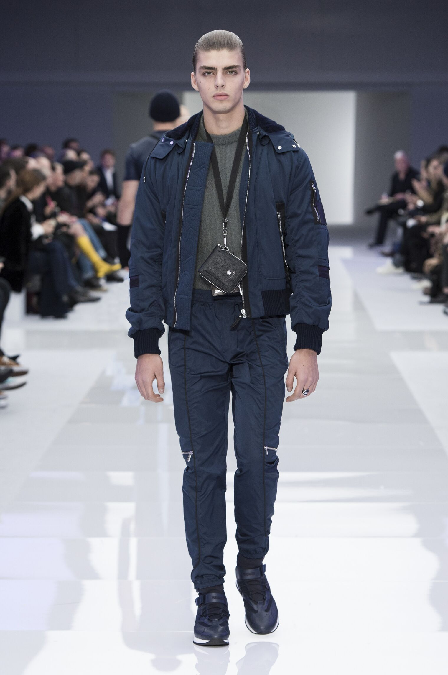 Catwalk Versace Man Fashion Show Winter 2016